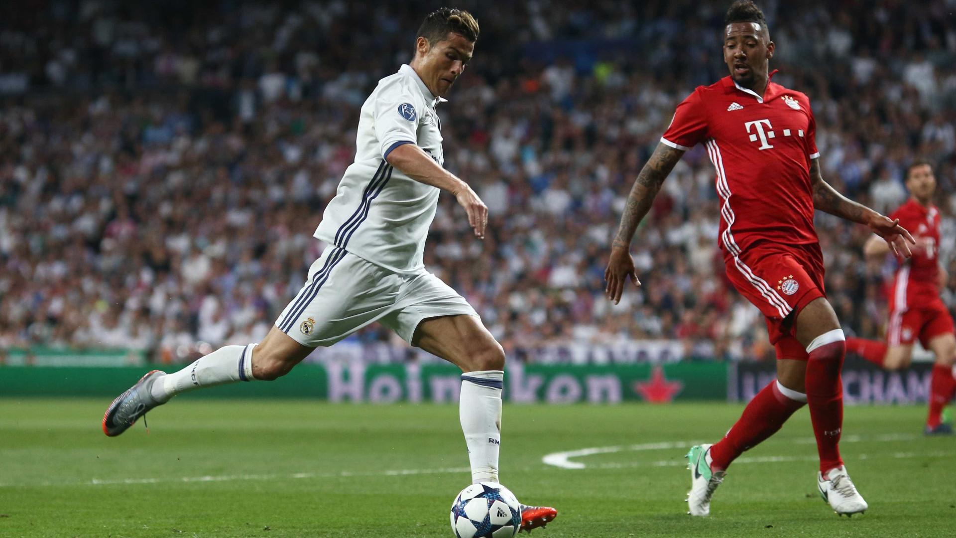 Ronaldo no onze da 2.ª mão dos 'quartos' da Liga dos Campeões