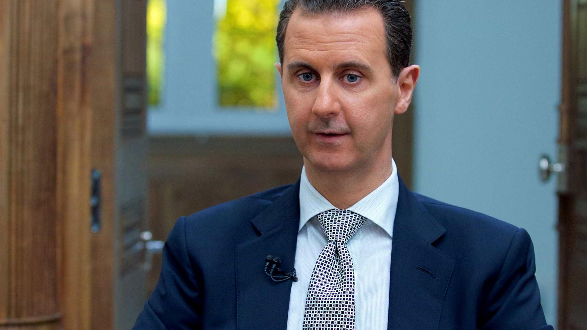 Macron repudia acusações de Assad de