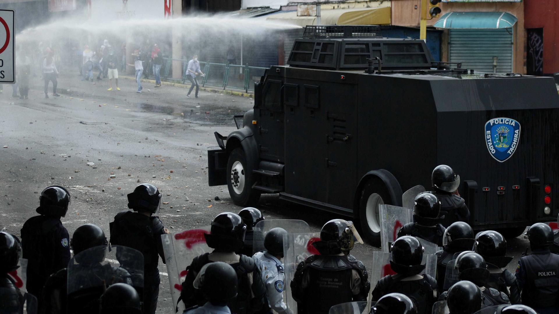Preocupada com situação na Venezuela, UE pede um travão para a violência