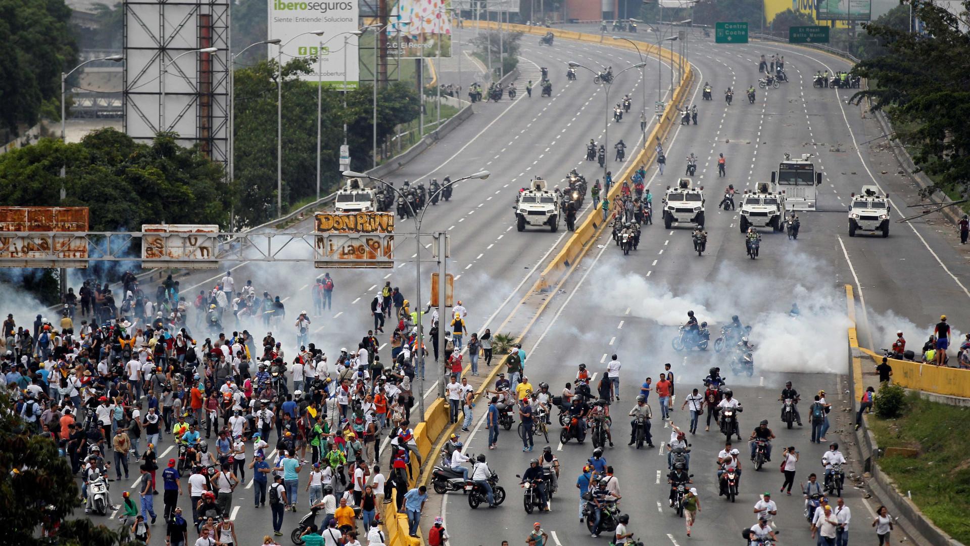 Venezuela: Ordenada detenção de 14 militares por morte de manifestantes