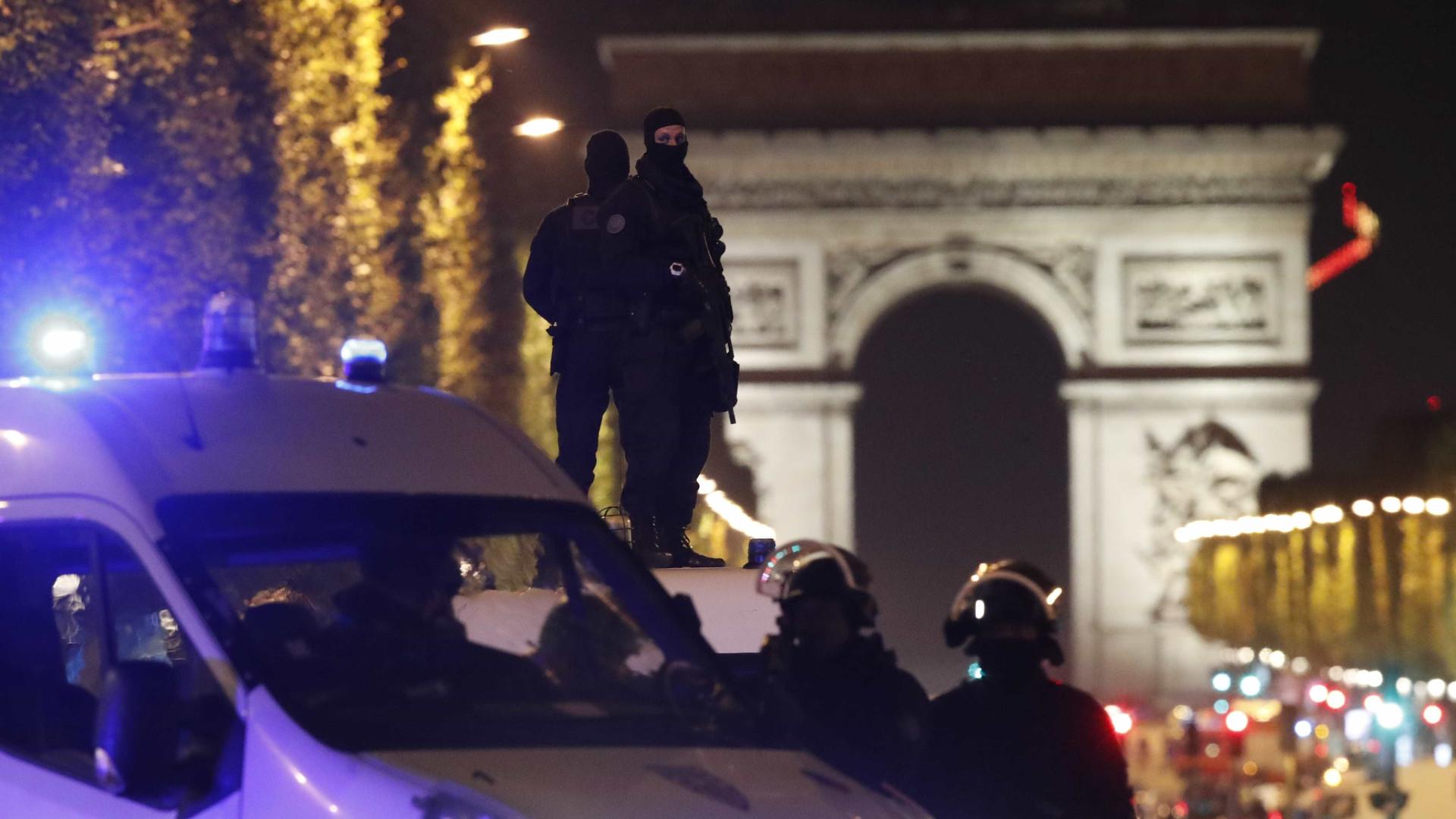 """Atentado: Espanha e Alemanha """"ao lado"""" de França"""