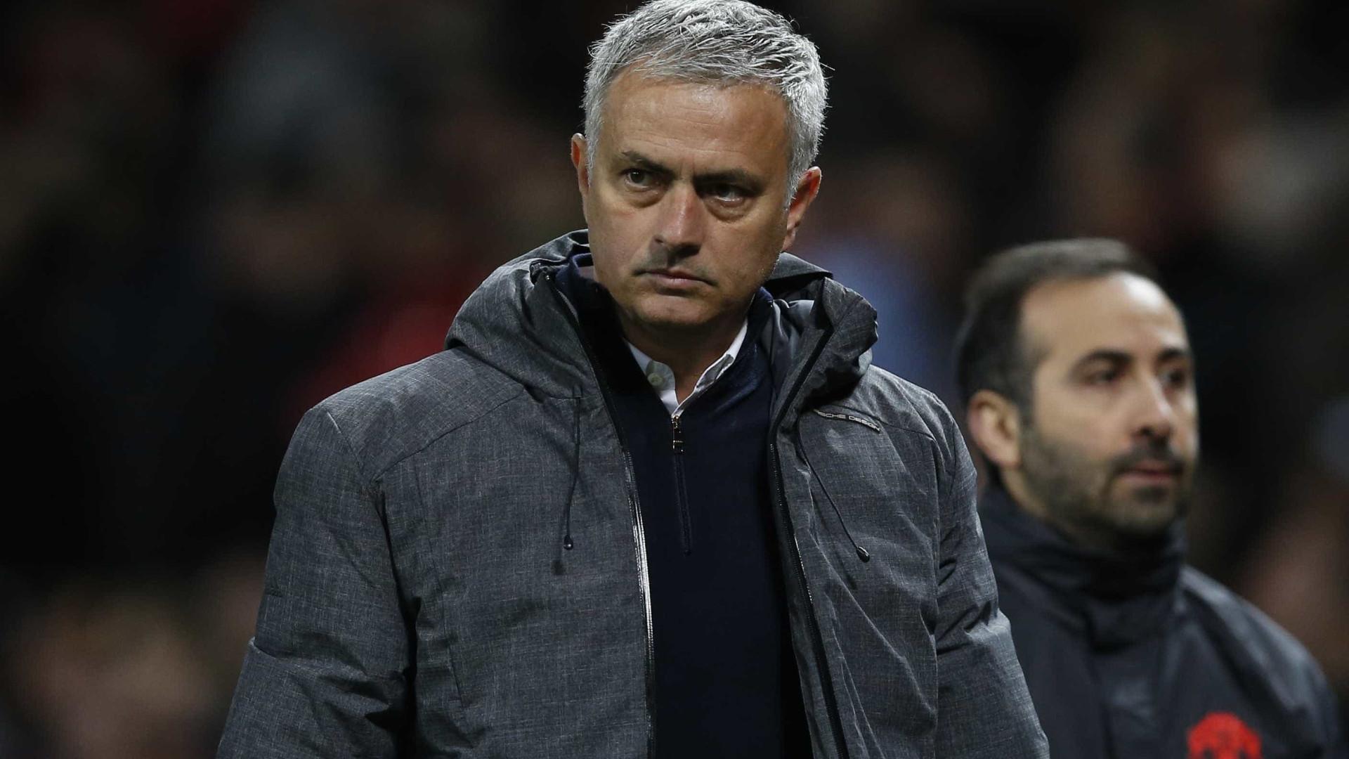 Para 'libertar' De Gea, Mourinho quer Varane e Morata