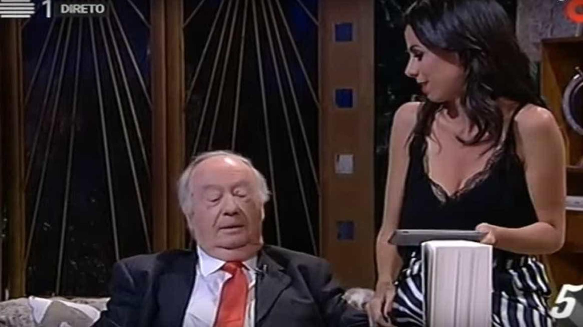 Alberto João Jardim tem uma arma de 9 mm?