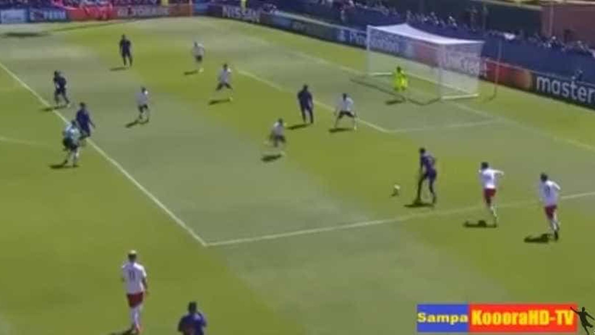 Foi apontado ao Benfica e marcou golo de Champions