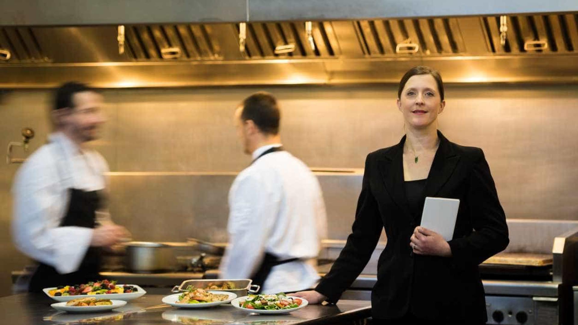 Jovens, há 100 vagas em hotelaria e turismo nos EUA