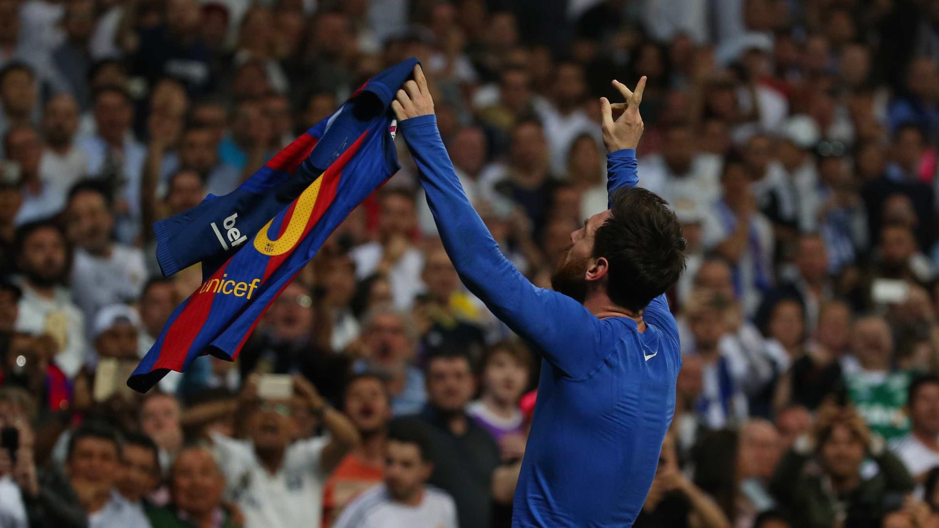 c1ba7cec01 A fabulosa coleção de camisolas de Leo Messi