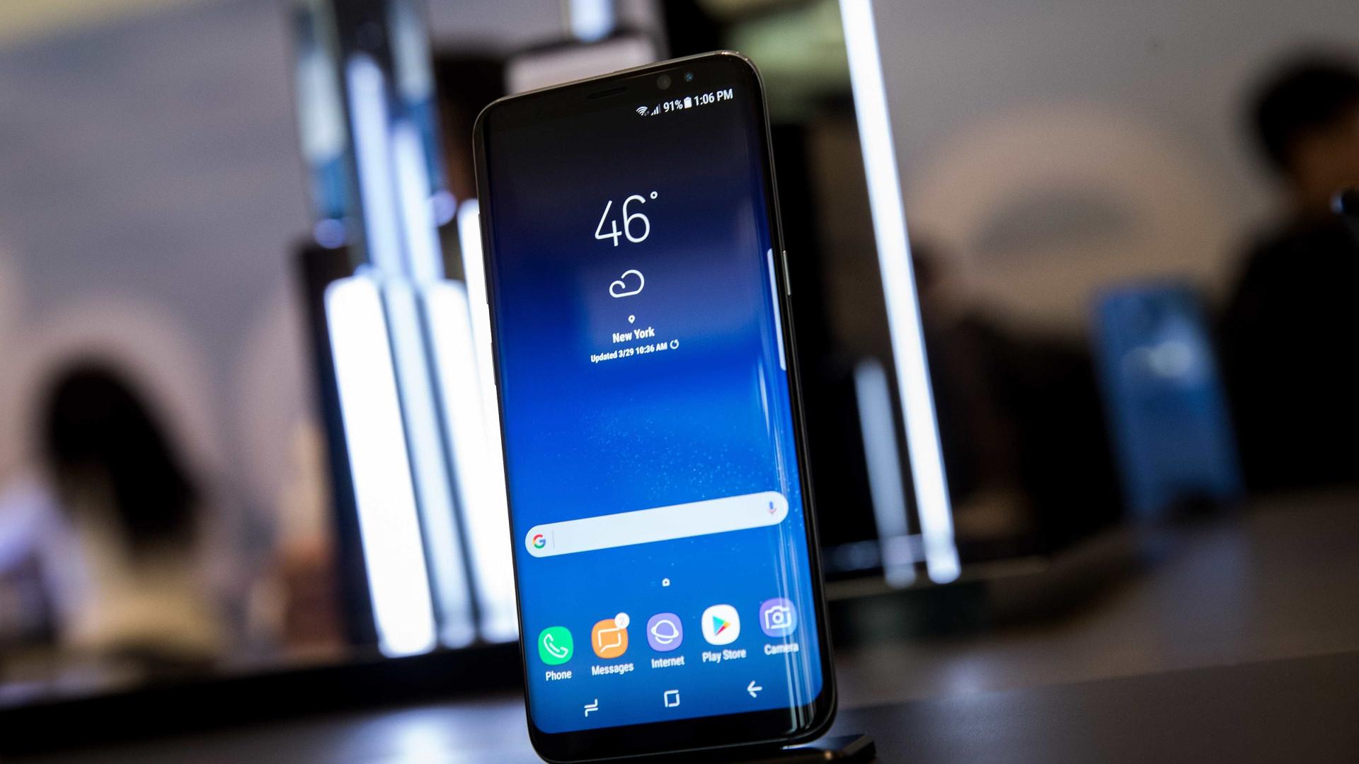 Tem um Galaxy S8? Pode não estar a receber todas as mensagens