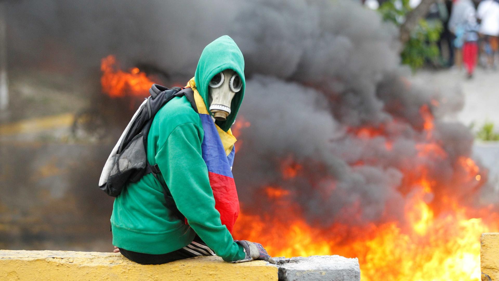 Homens armados incendiaram sede de associação de produtores de gado