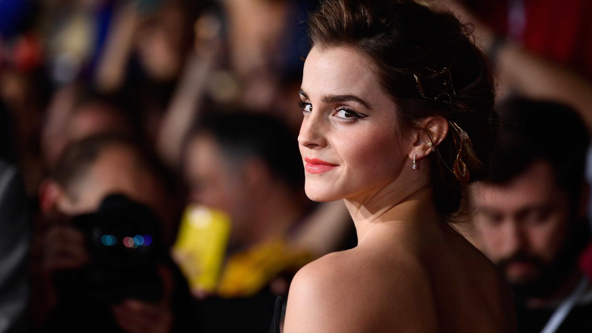 Emma Watson está novamente solteira