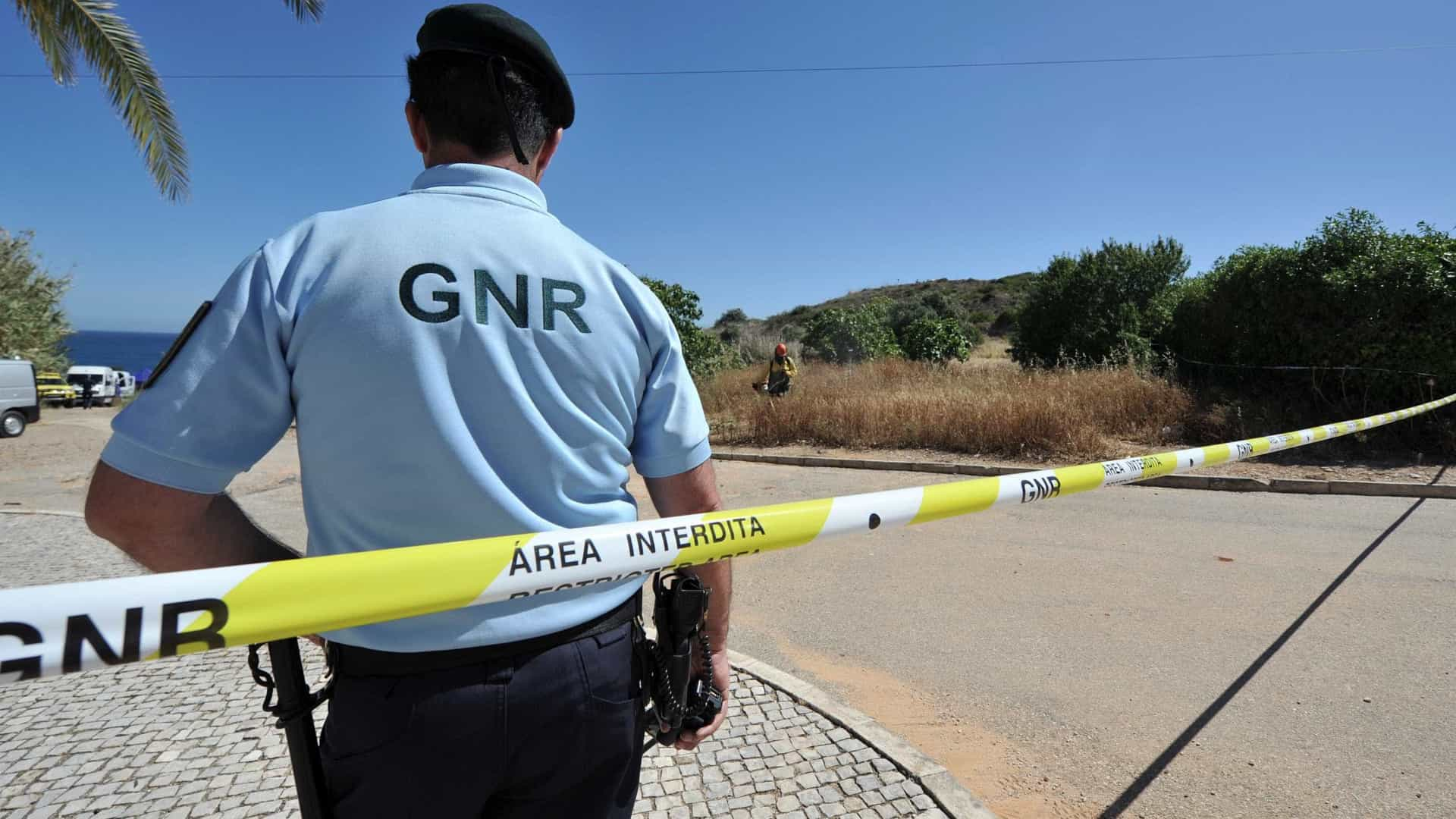 Dois GNR intoxicados após perseguição a suspeitos de assalto a multibanco