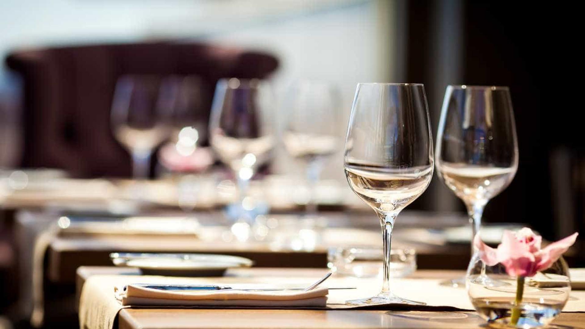 Restaurante acusado de ocultar ementa para cobrar preços exorbitantes