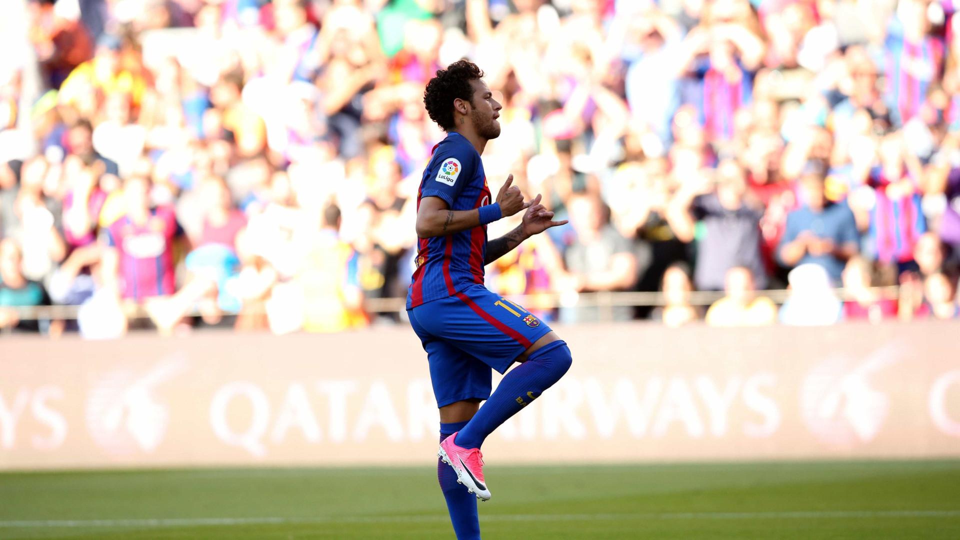 PSG pretende que Neymar tenha uma apresentação histórica e megalómana