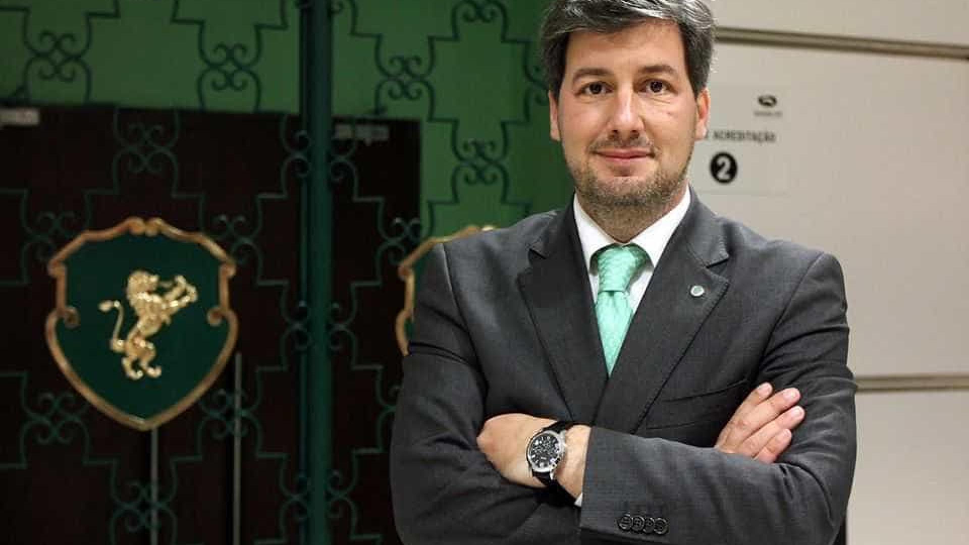 Felipa Garnel quer Bruno de Carvalho fora do clube. Presidente reage