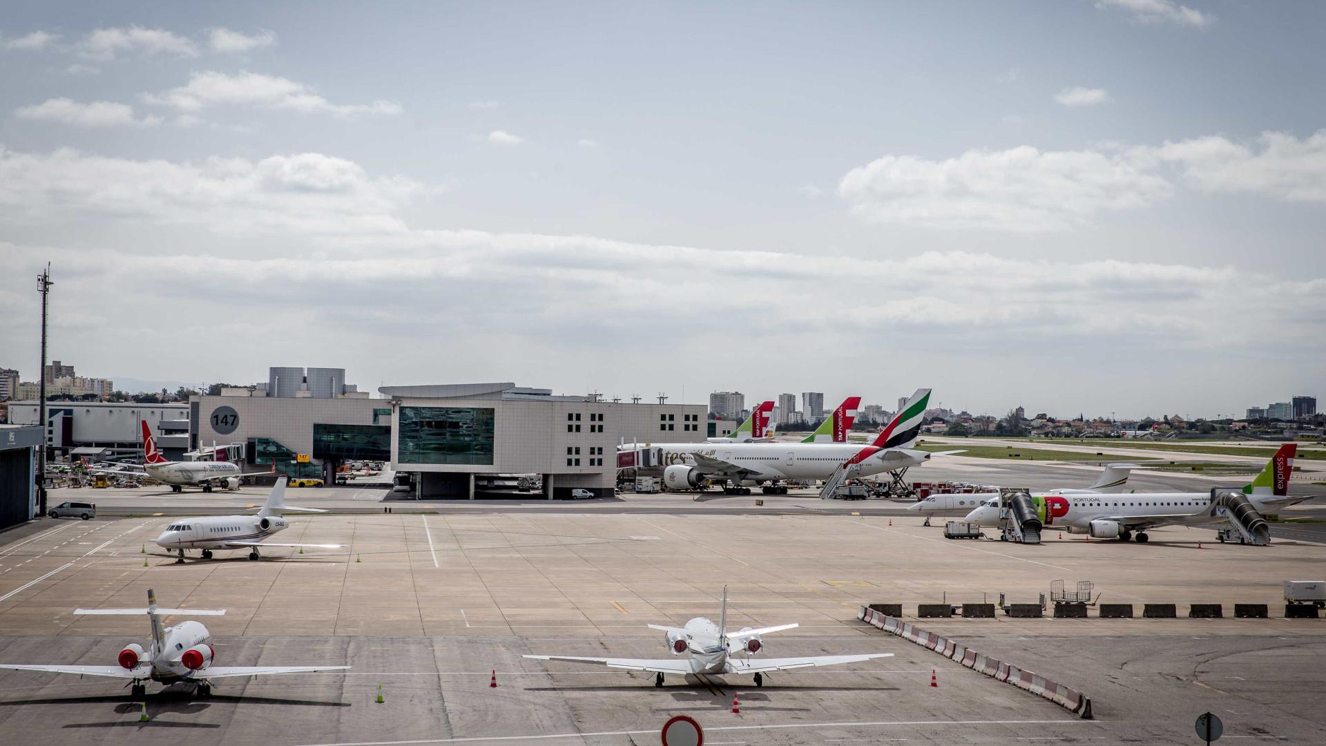 Ultimato a Portugal. Bruxelas quer residentes a pagar taxa aeroportuária