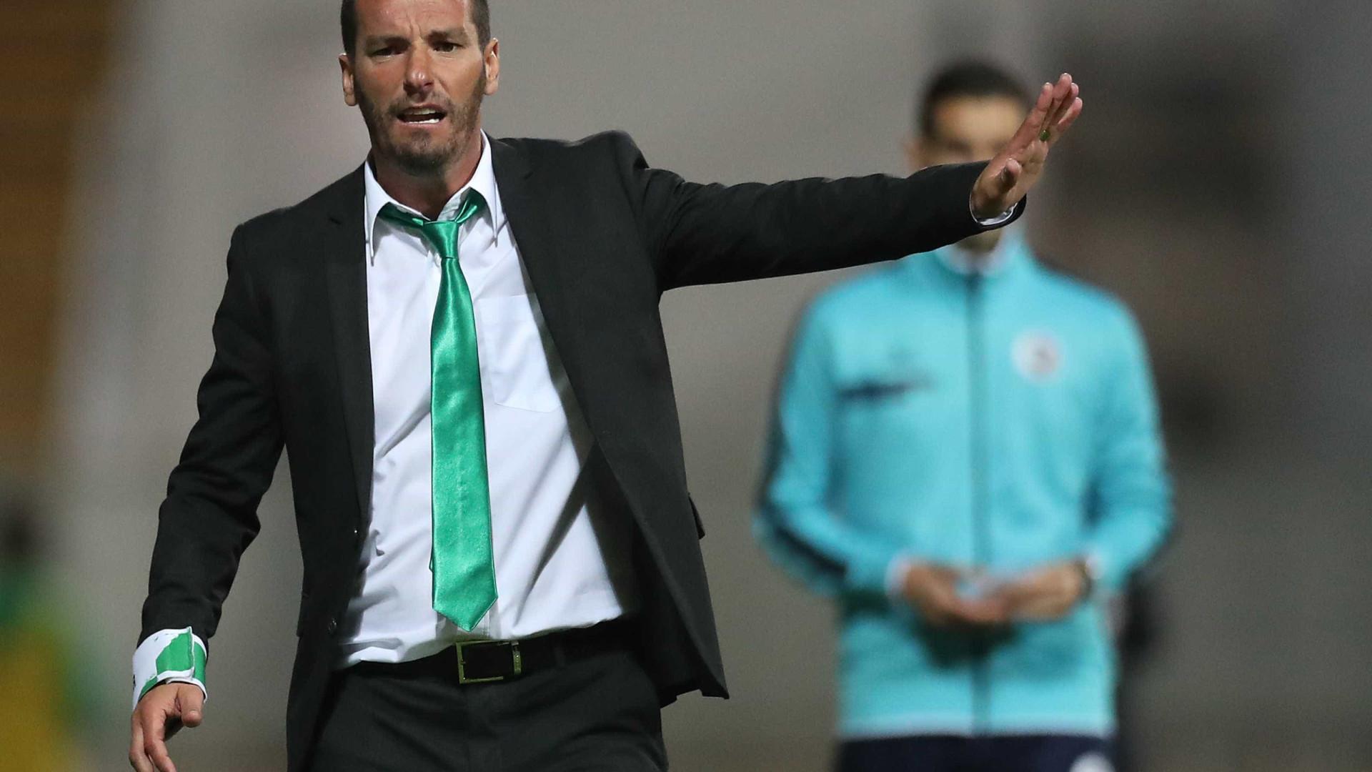 """Petit admite que duelo com o FC Porto será o """"mais importante do clube"""""""