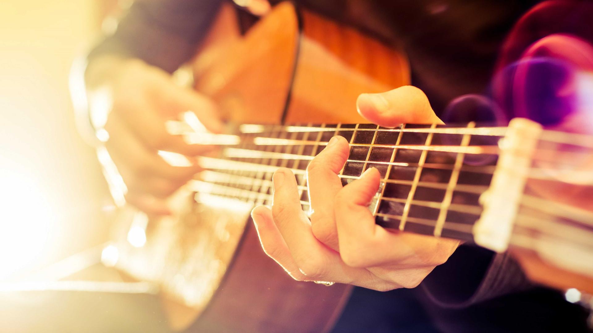 Guitarrista português radicado em Xangai lança álbum de originais