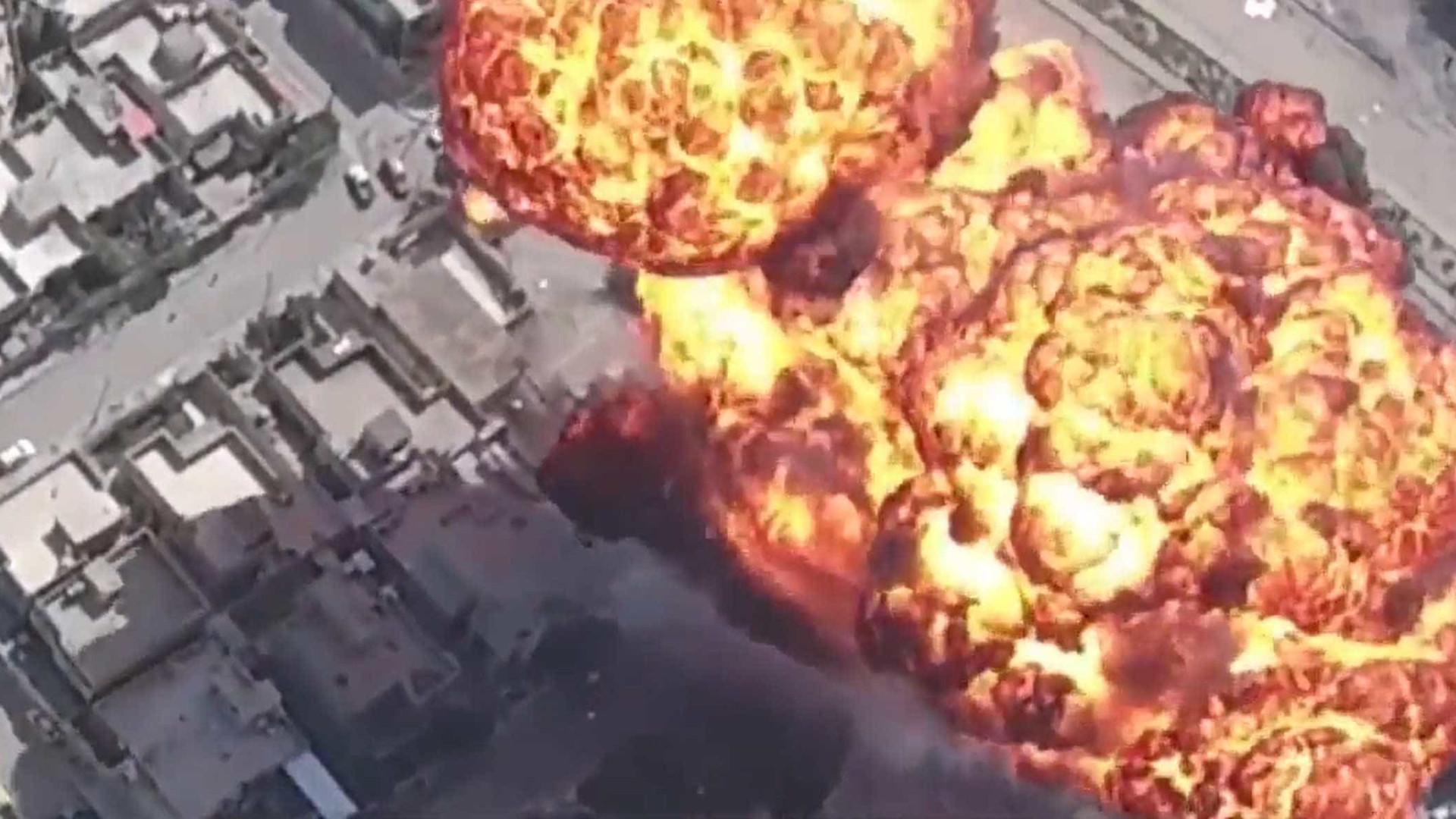 Iraque: Drone filma ataque do ISIS com carros-bomba