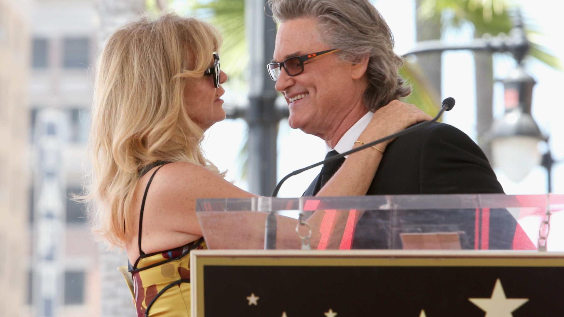 Goldie Hawn recorda primeiro encontro com o marido