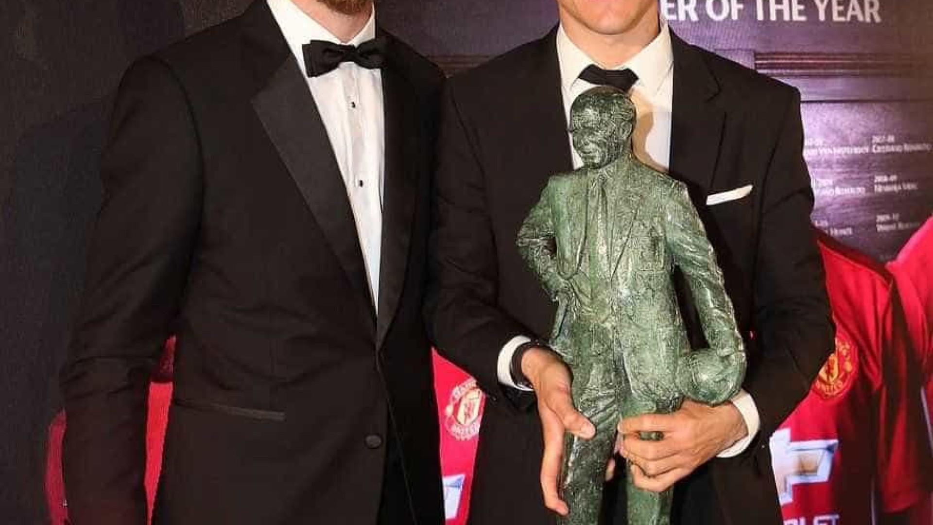 Herrera eleito Jogador do Ano do Manchester United