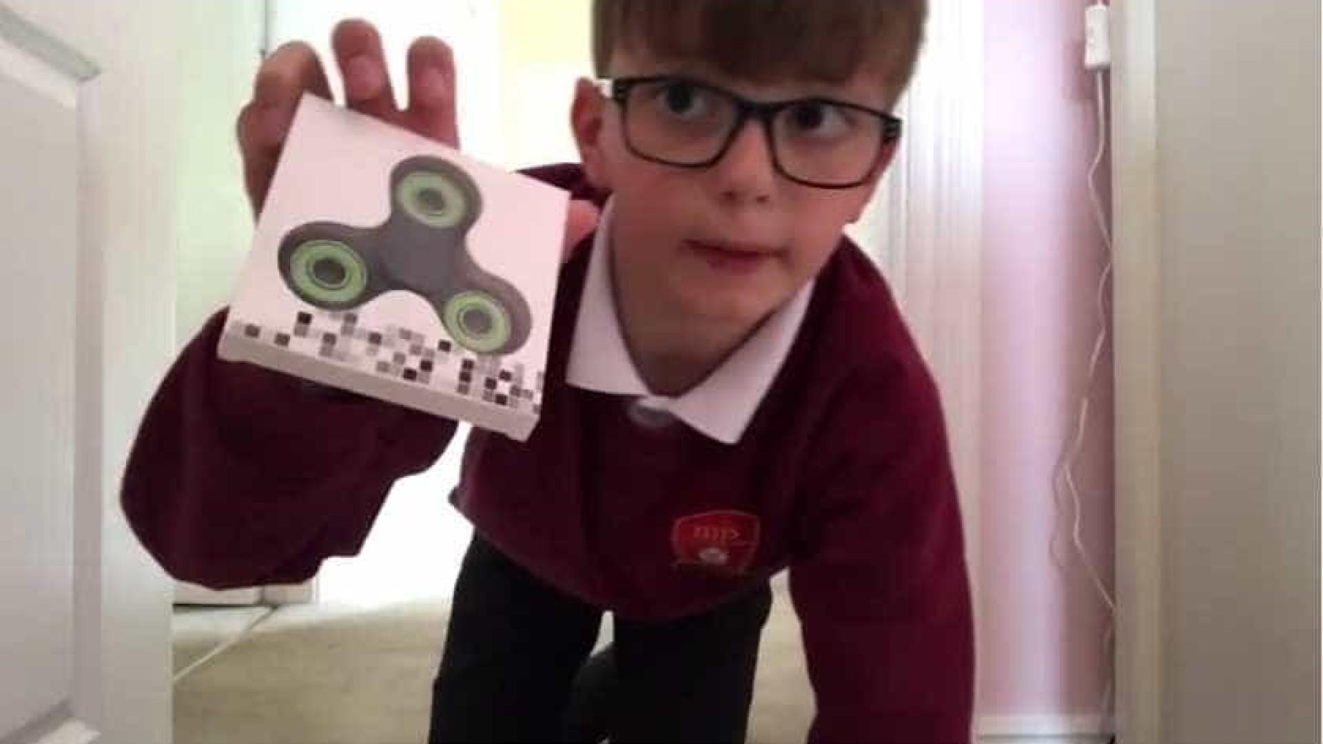 Aos oito anos, fez da paixão pelos fidget spinners um negócio rentável