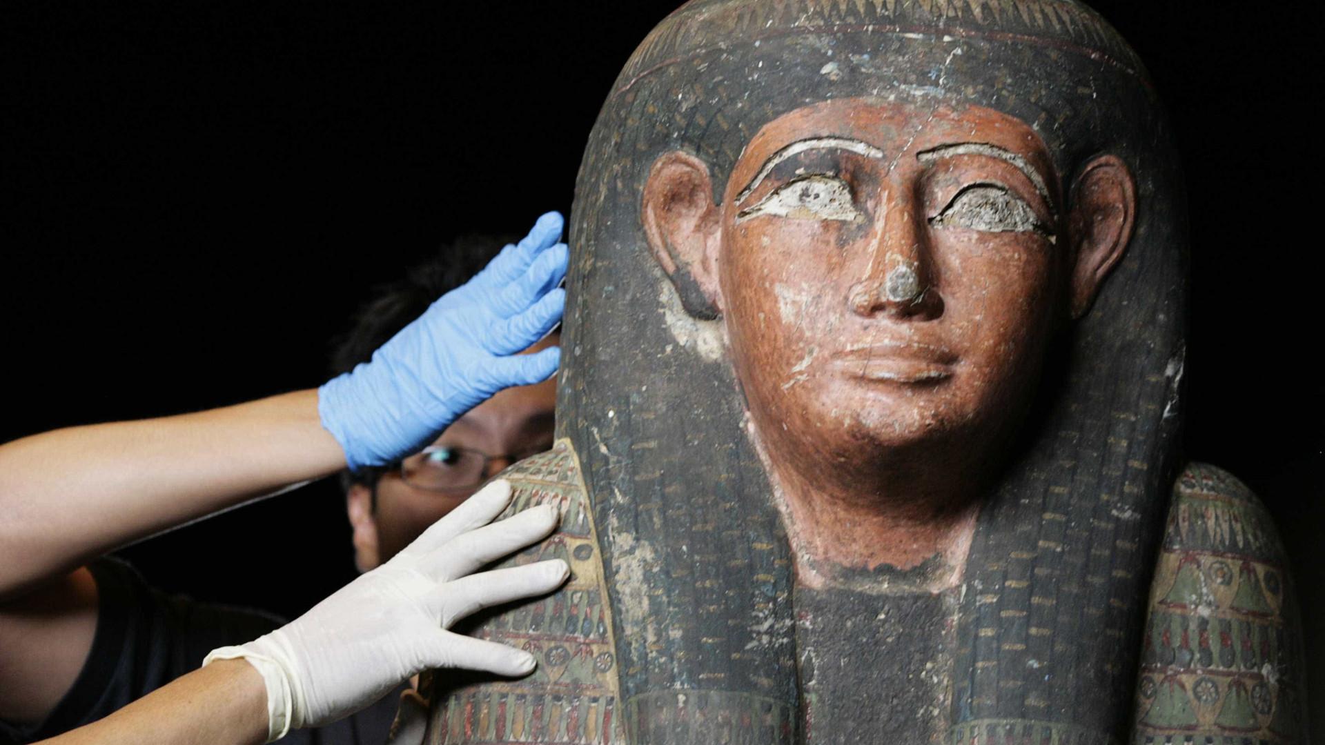 Múmia bem preservada do período greco-romano encontrada no Egito