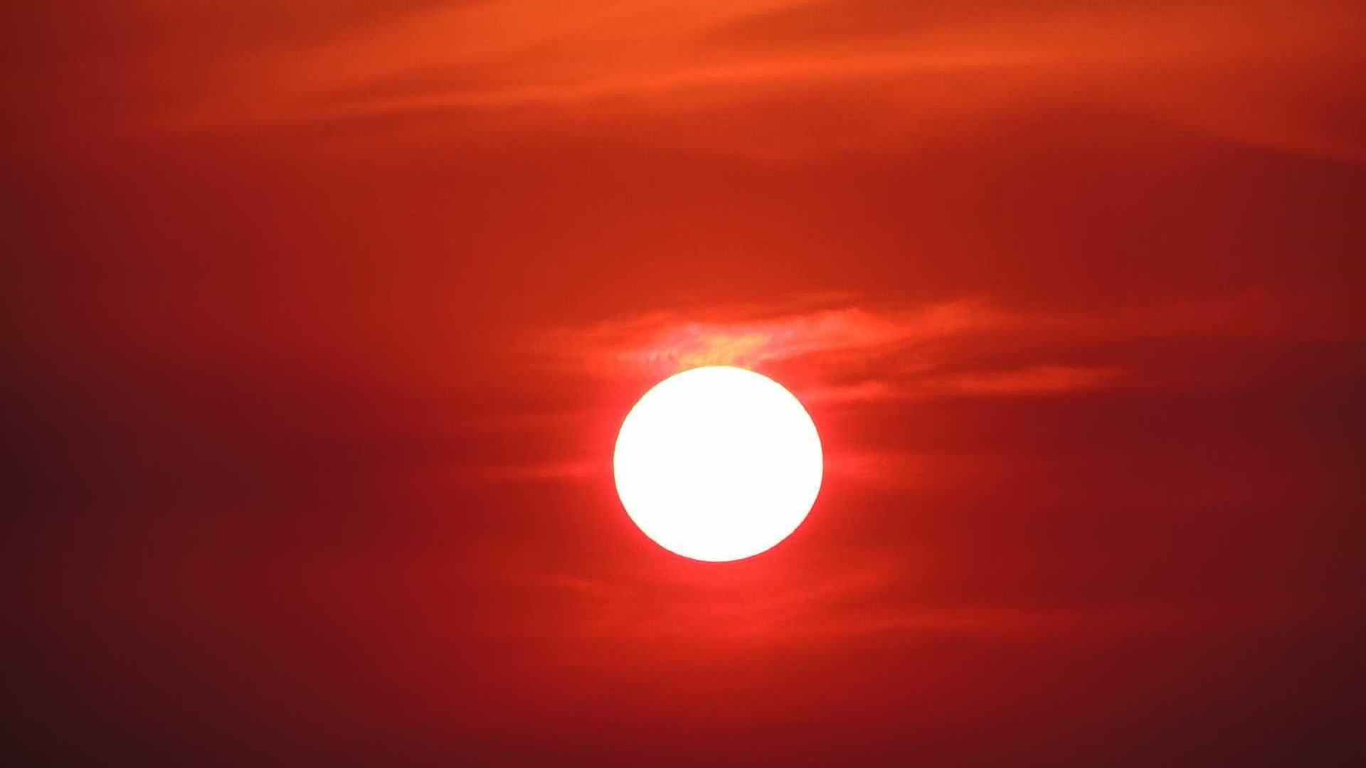 Vídeo parece captar um 'segundo sol' no horizonte