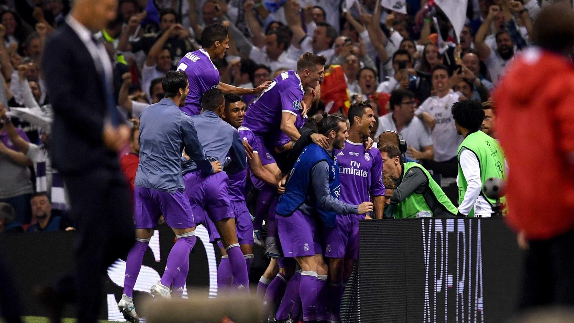 Ronaldo é (outra vez) o desportista mais bem pago do mundo