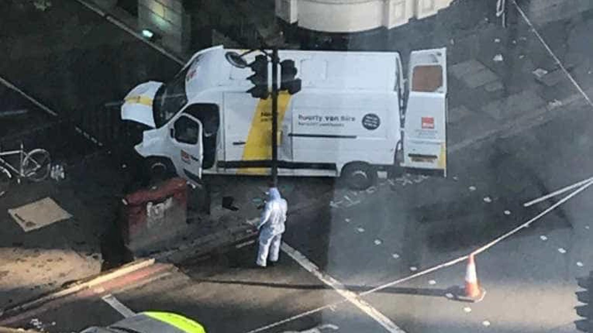 Polícia de Londres investiga incidentes em Borough Market e em Vauxhall