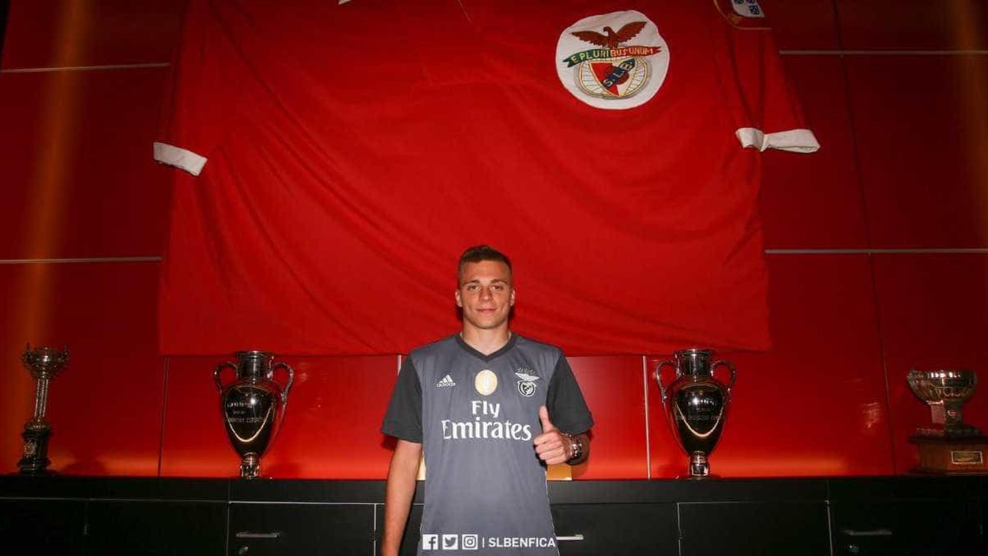 Alex Pinto reforça o Benfica — Oficial