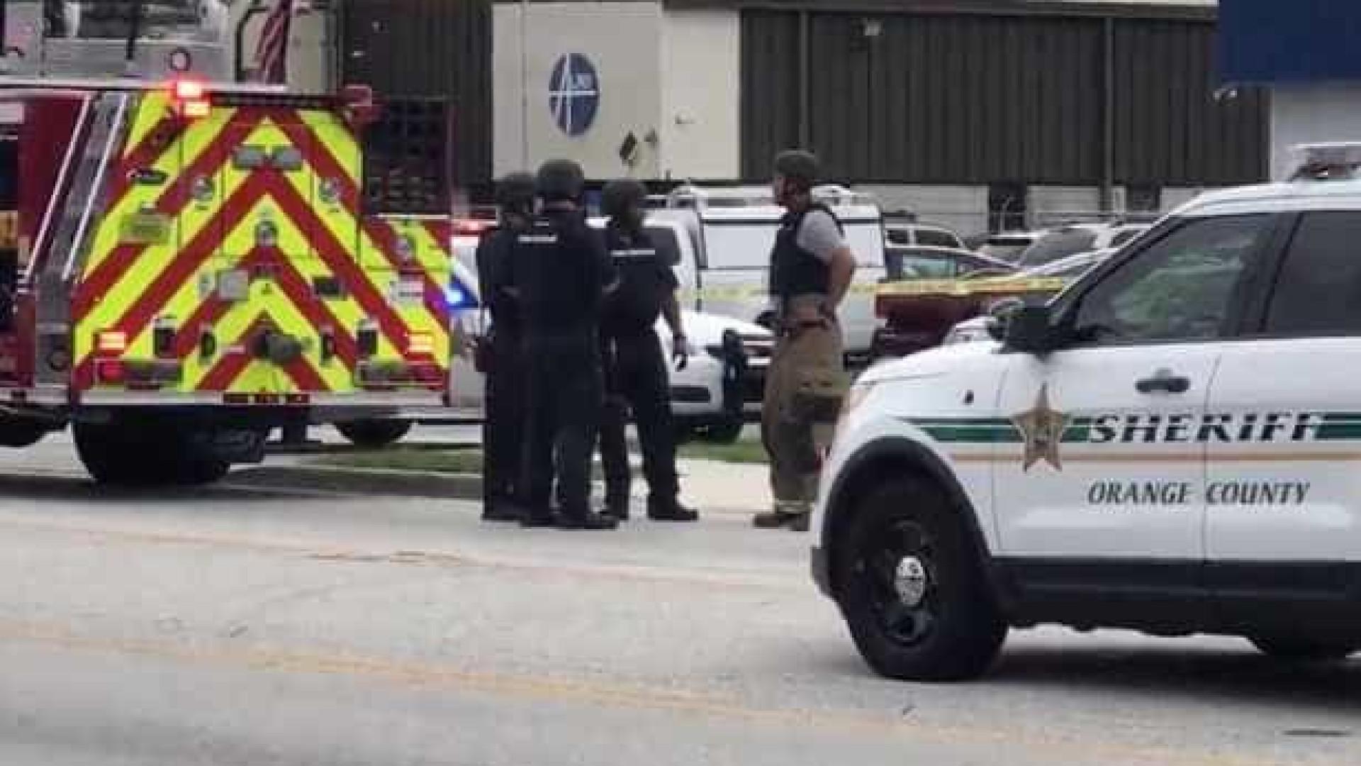 Tiroteio na sede de empresa em Orlando faz cinco mortos
