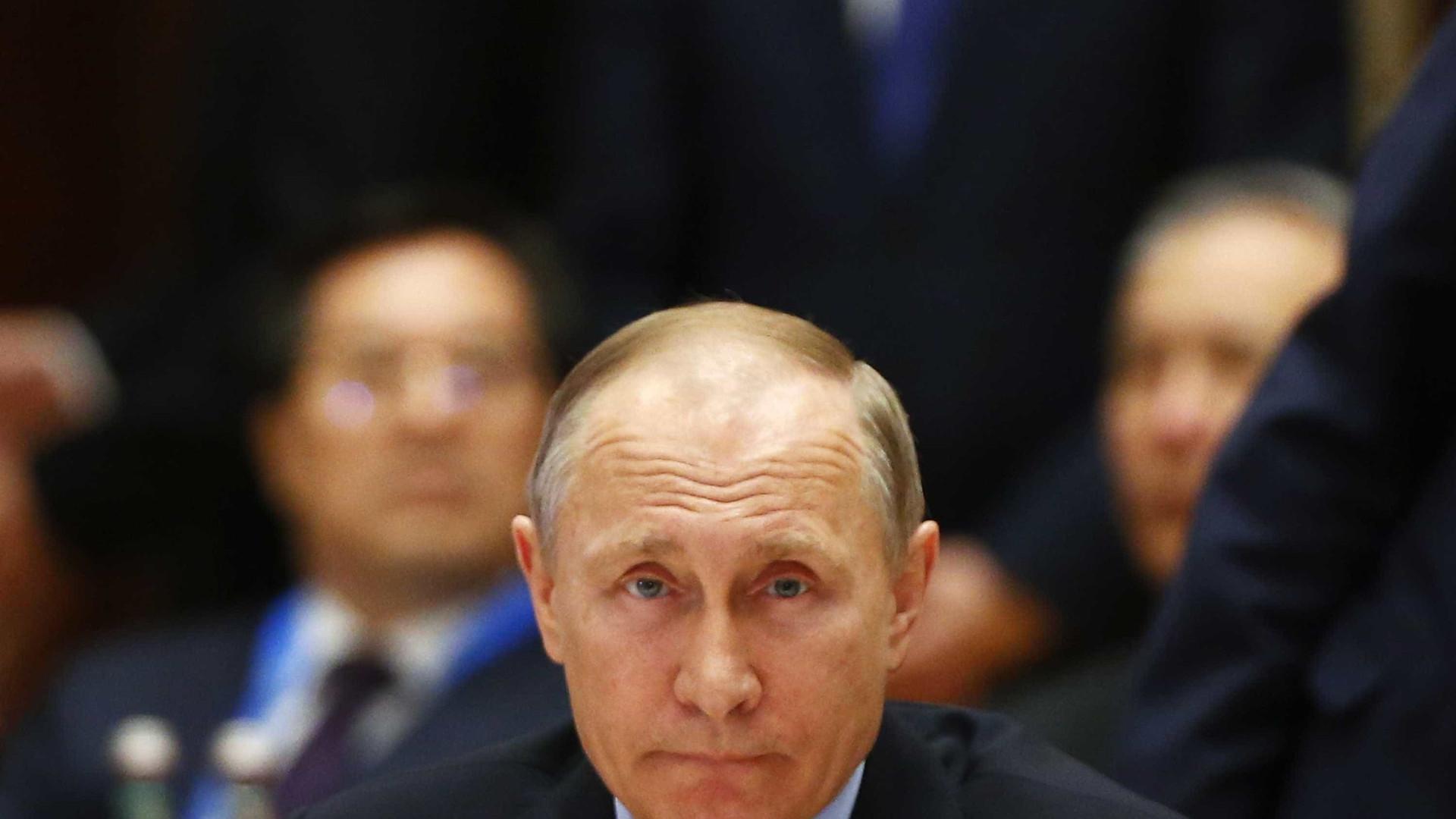 Rússia não procura confrontos com outras potências — Putin