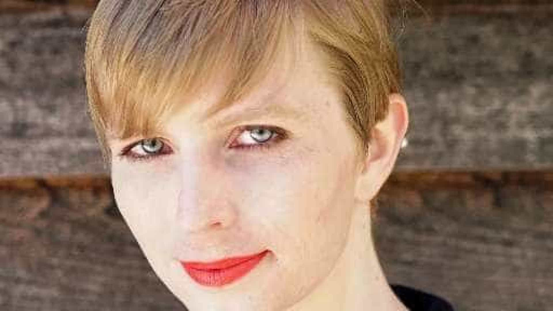 Ex-soldado transexual Manning anuncia candidatura ao Senado dos EUA