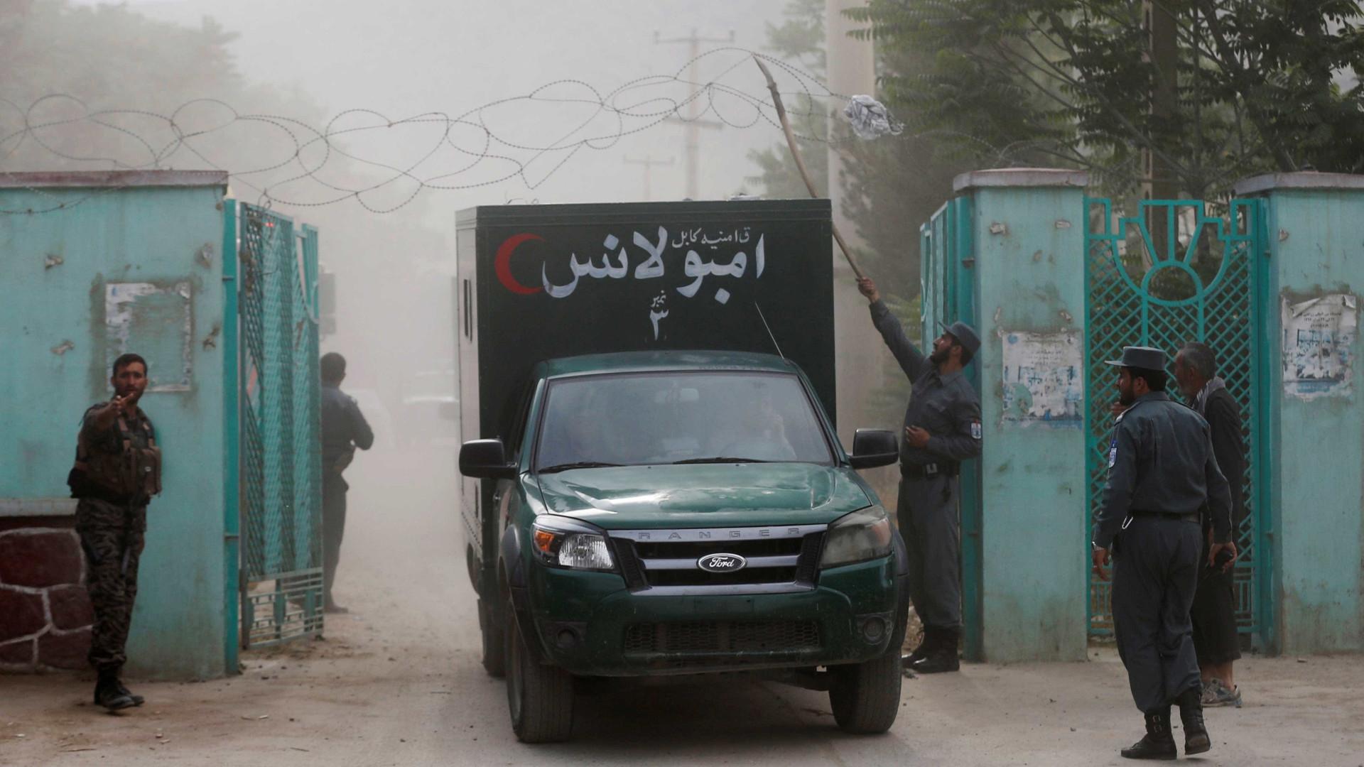 Afeganistão: soldado afegão mata três oficiais dos Estados Unidos