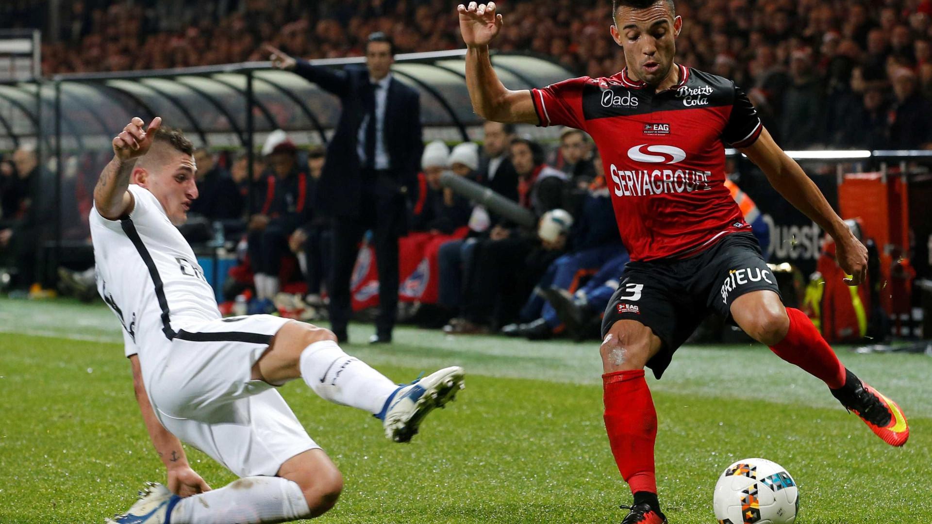 Lyon paga 4,5 milhões de euros ao Benfica pelo lateral esquerdo Marçal