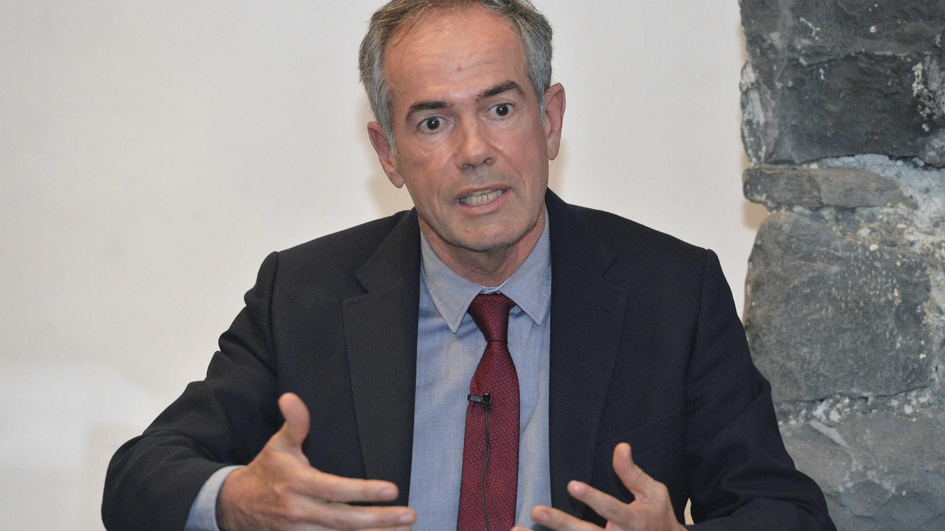 """""""Portugueses apreensivos, mas sentimento predominante é de resistência"""""""