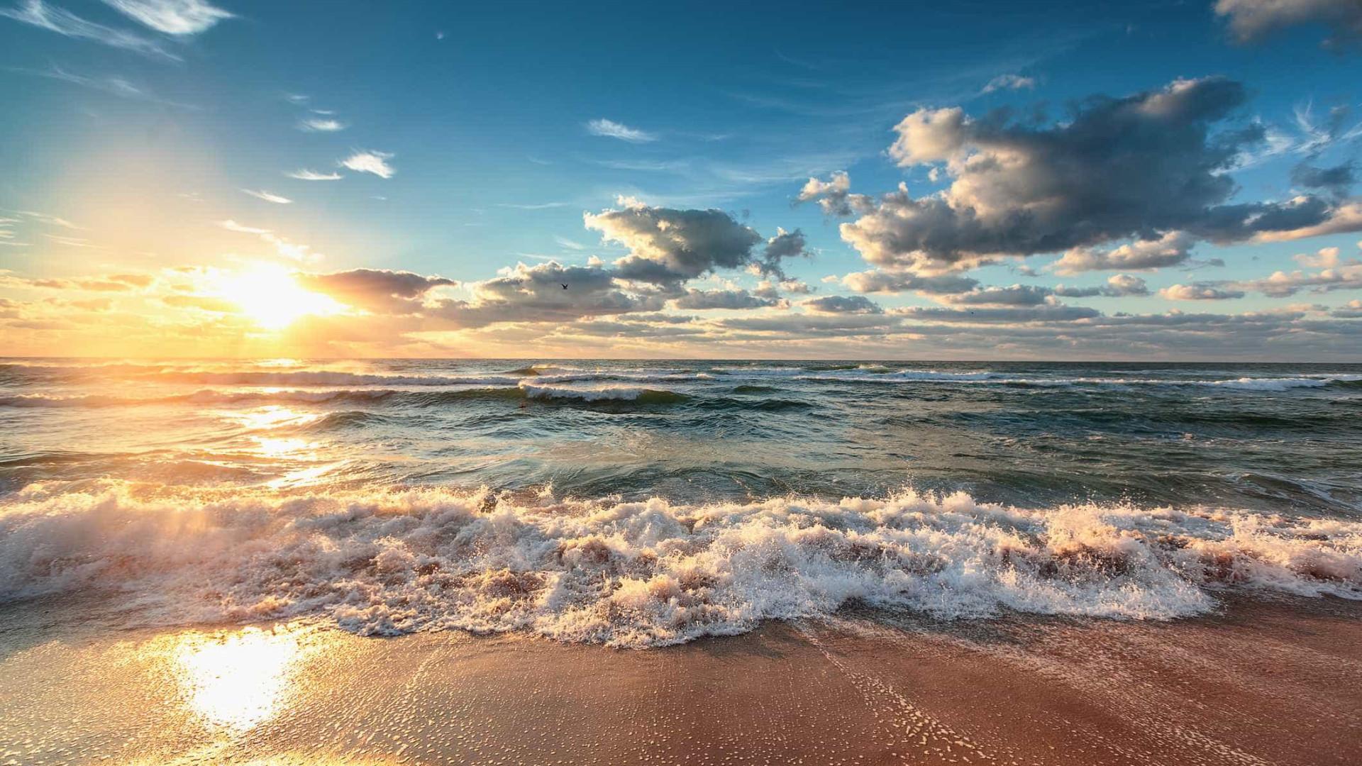 Termómetros podem subir aos 28ºC, mas o mar ainda não está para banhos