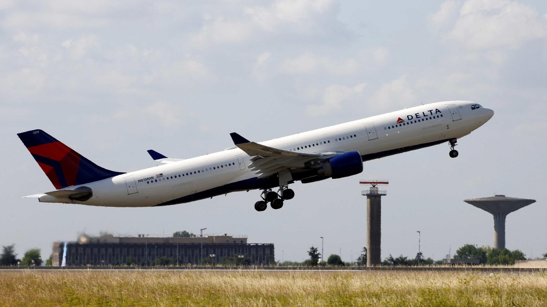 Companhia aérea Delta triplica capacidade em Portugal