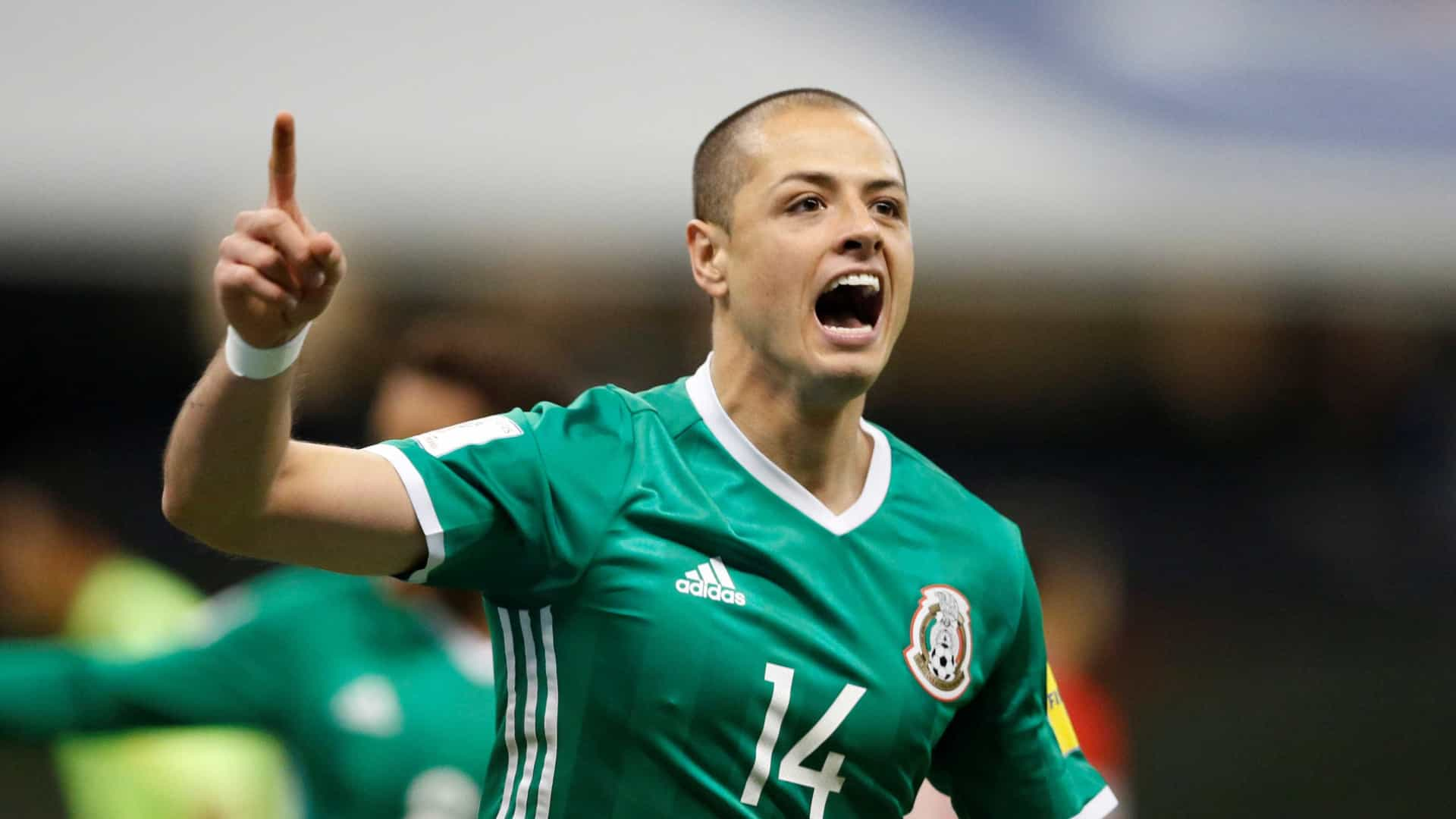 West Ham acerta contratação de 'Chicharito' Hernández