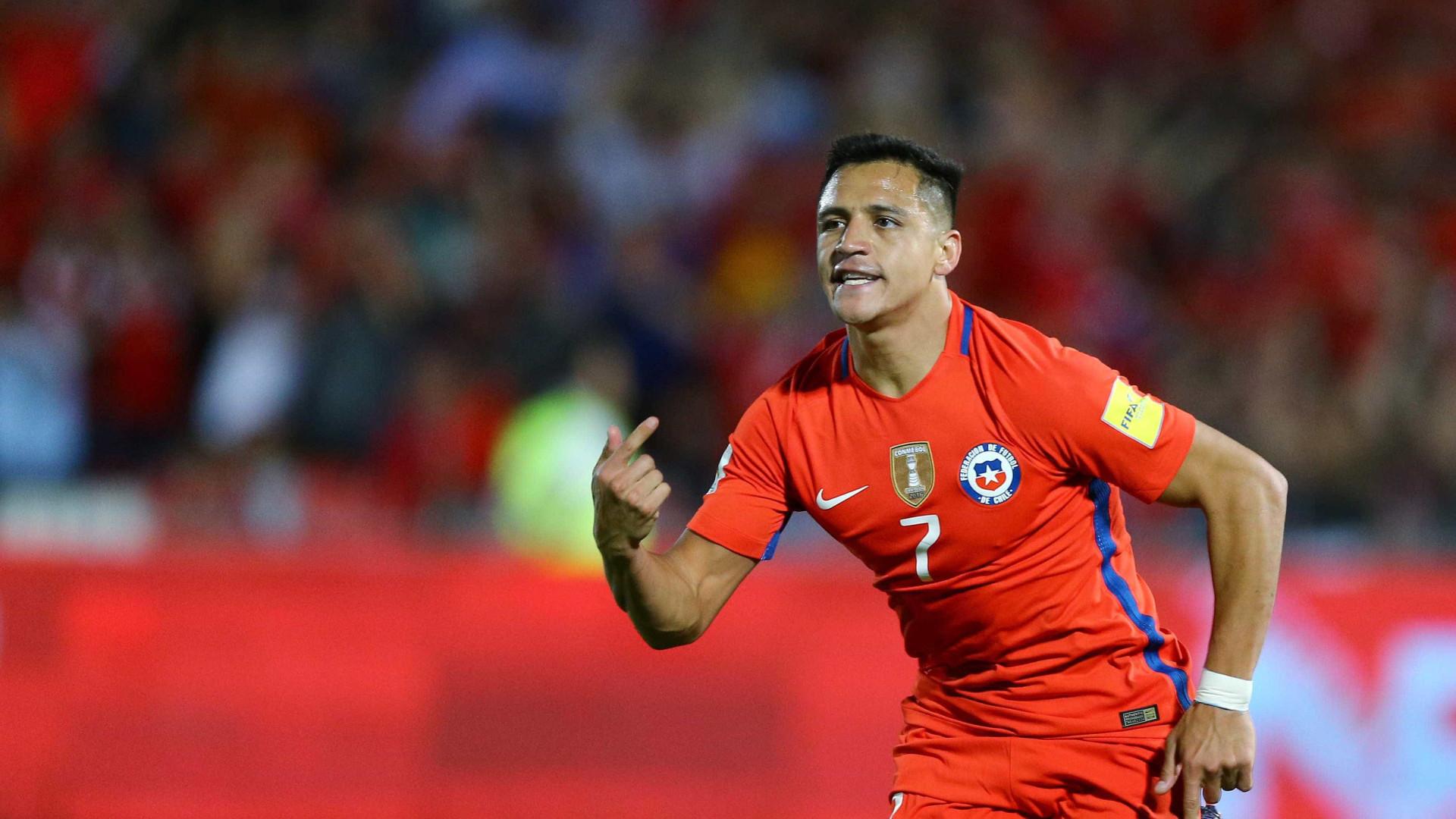 Alexis Sánchez terá viajado para Paris para negociar transferência