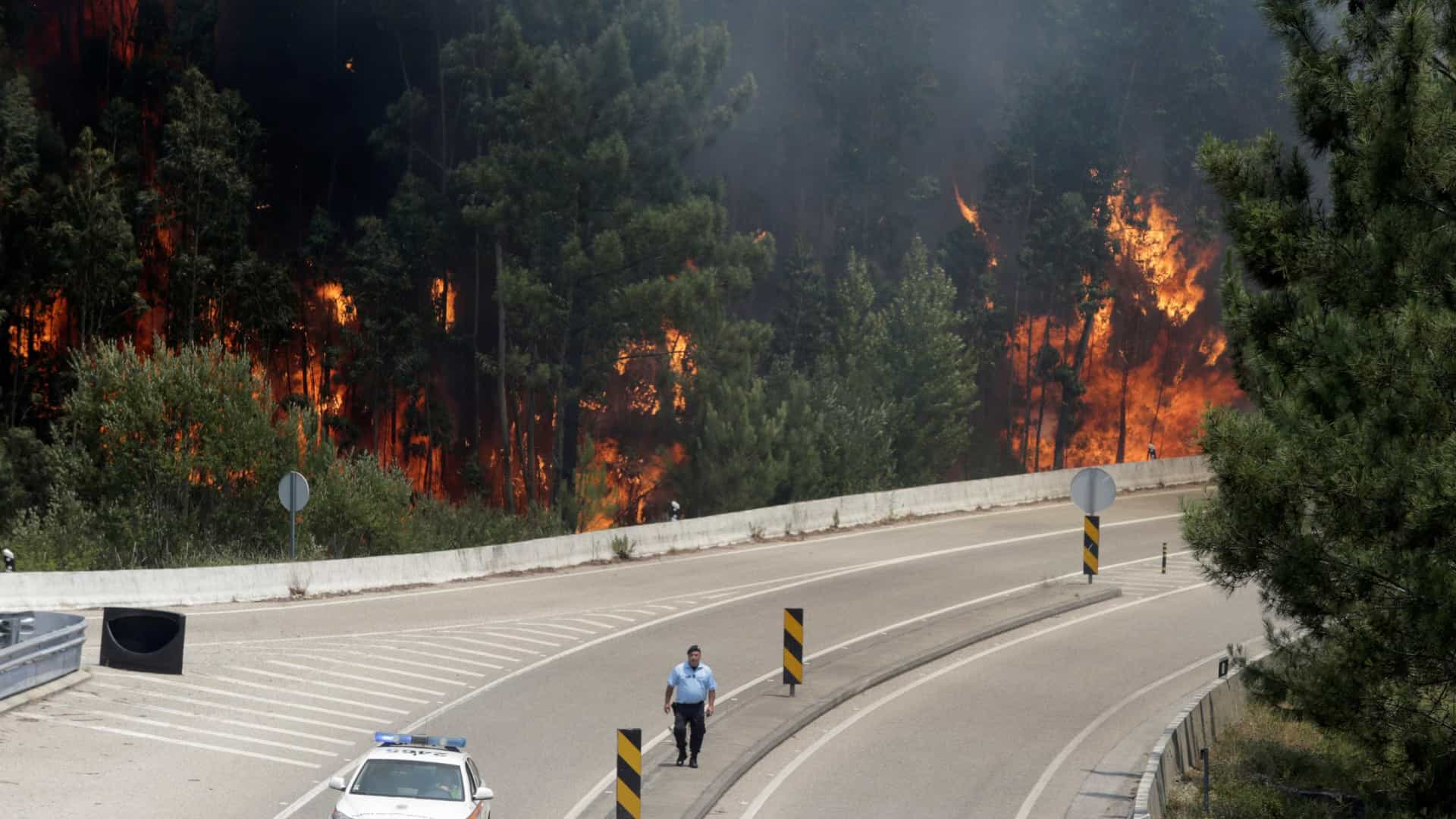 """Incêndio resultou de conjugação de fatores e """"grande imponderabilidade"""""""