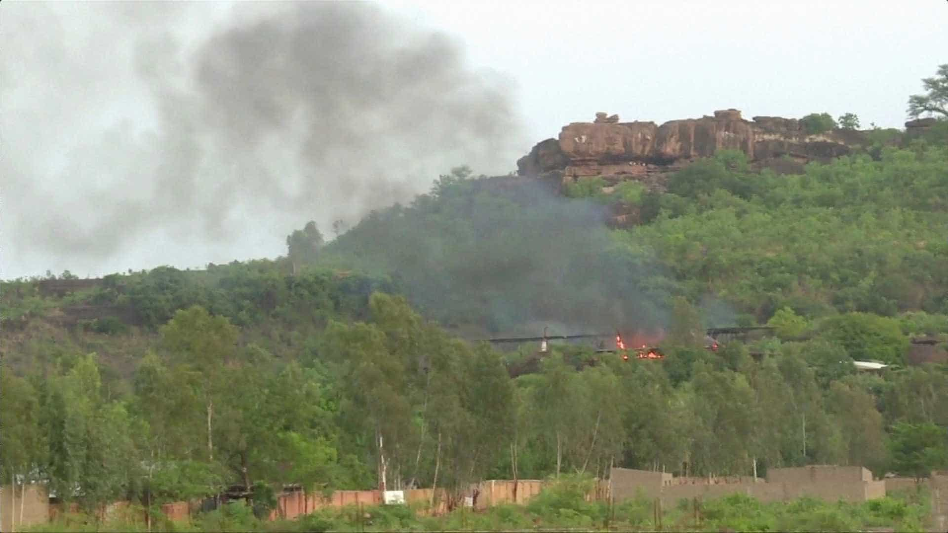 Abatidos quatro autores do ataque contra complexo turístico no Mali