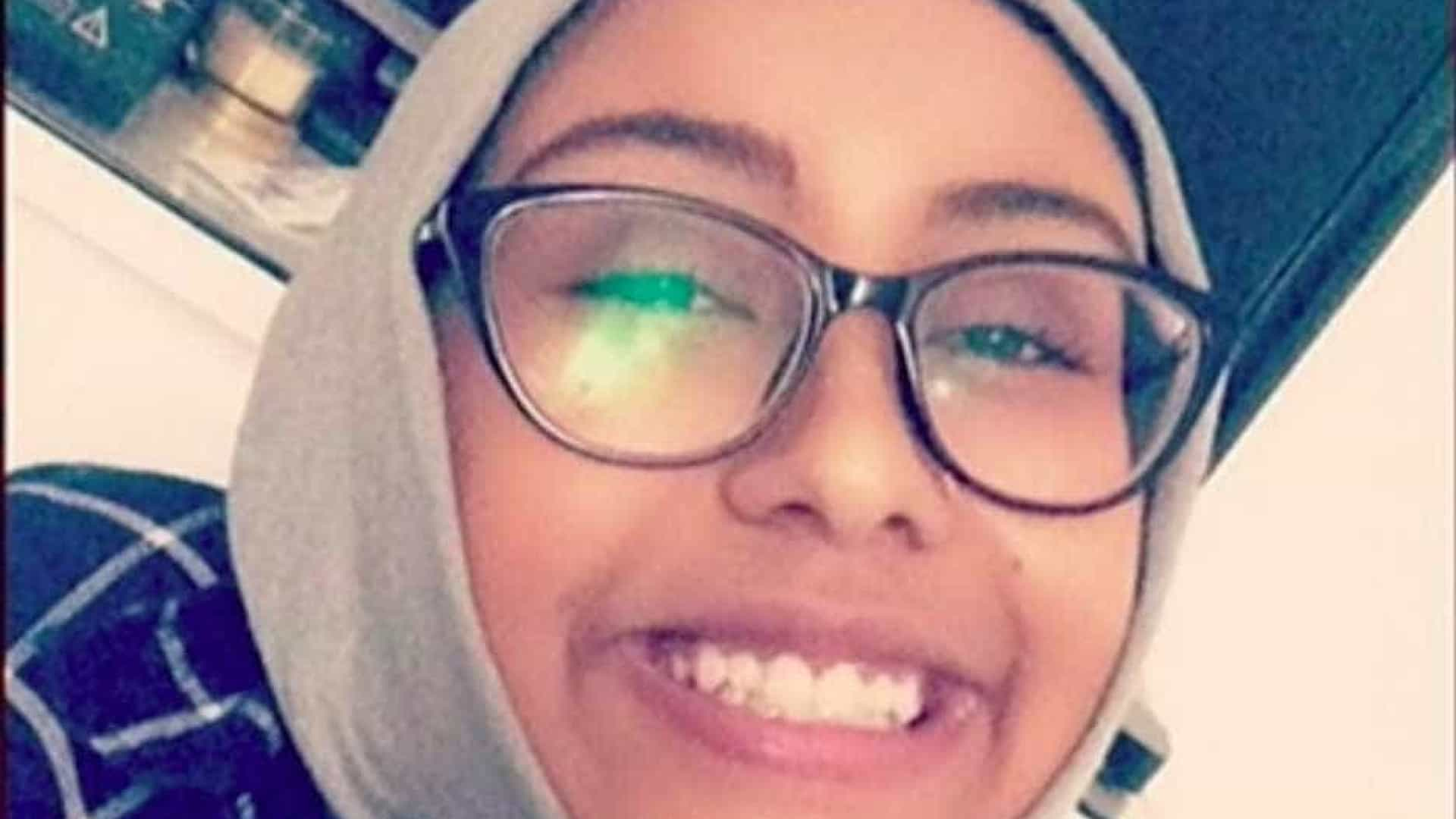 Jovem muçulmana assaltada e assassinada em crime de ódio