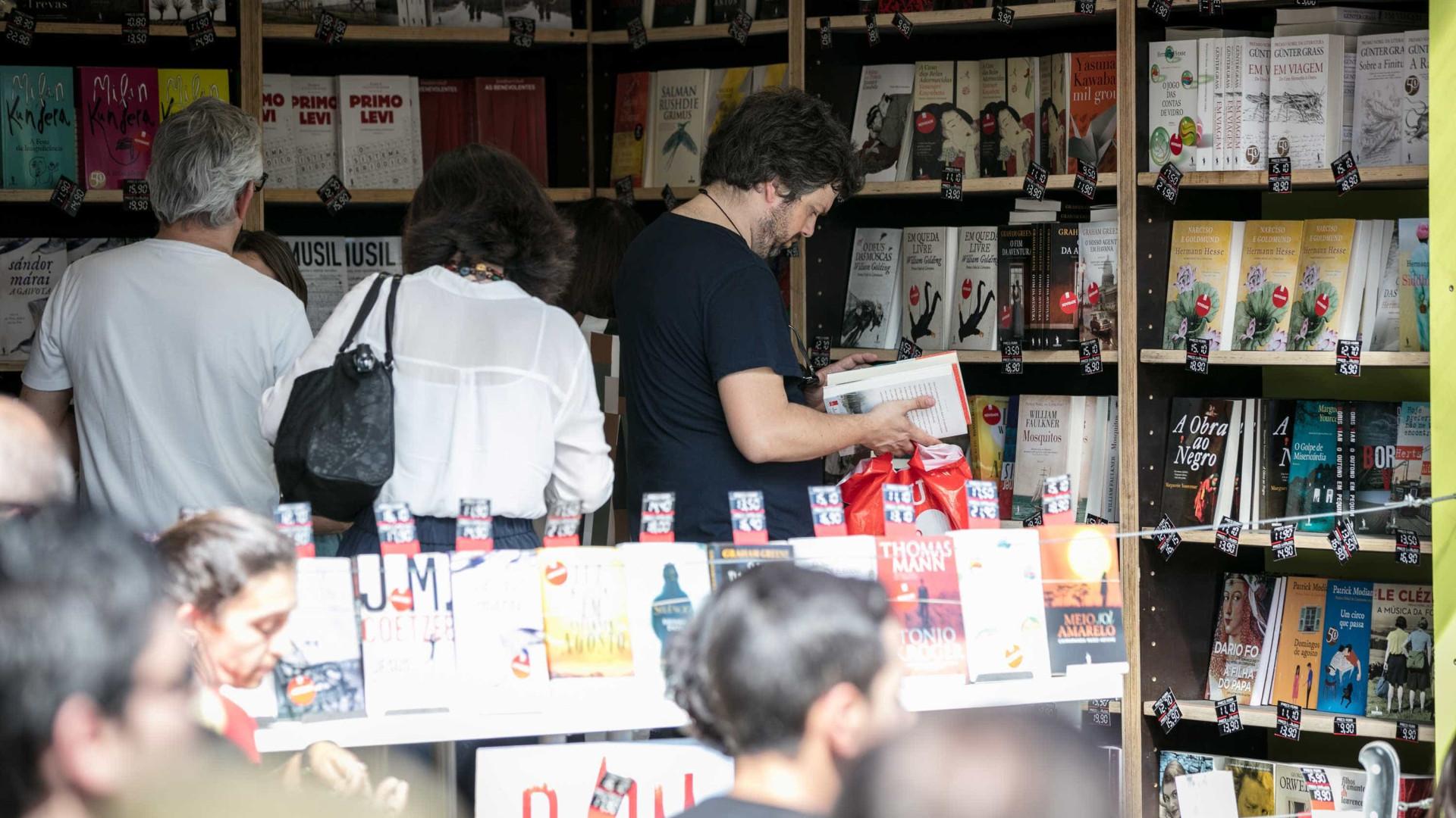 Feira do Livro: Quatro em cada cinco visitantes compraram um