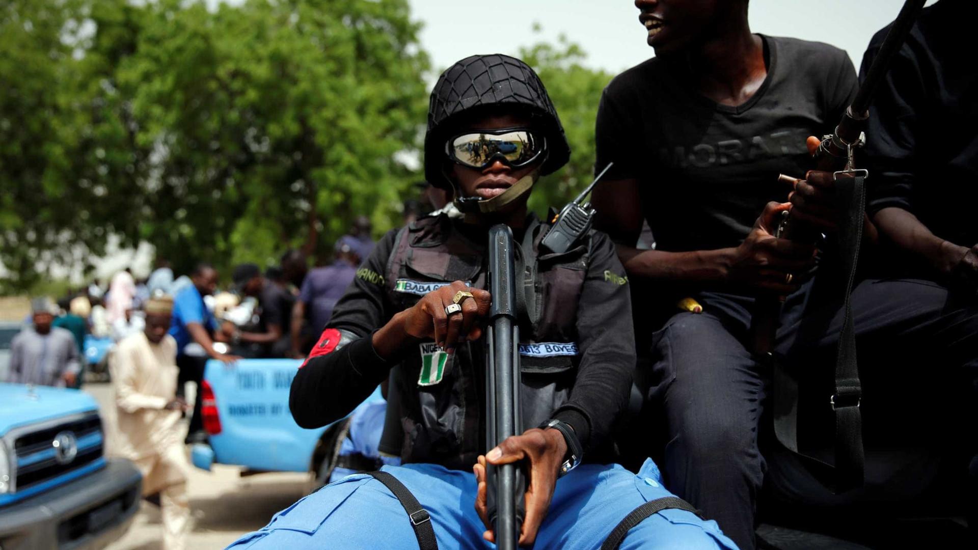 Ataques suicidas em campo de refugiados na Nigéria causam 16 mortos