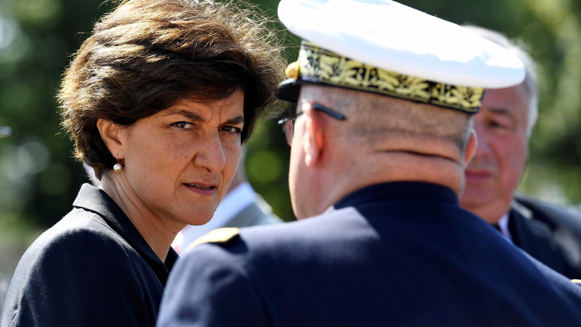 Ministra da Defesa francesa demite-se devido a caso de empregos fictícios