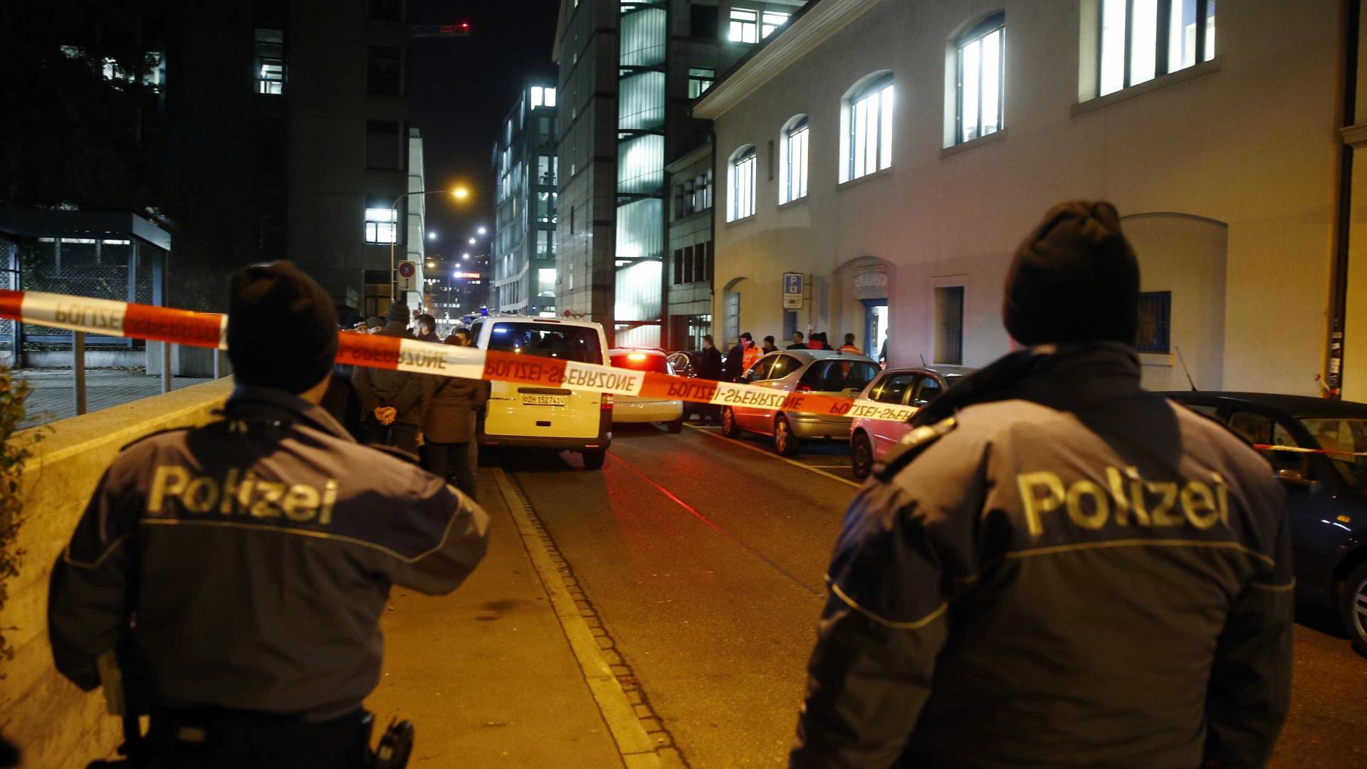 Detido na Suíça homem acusado de recrutar jihadistas