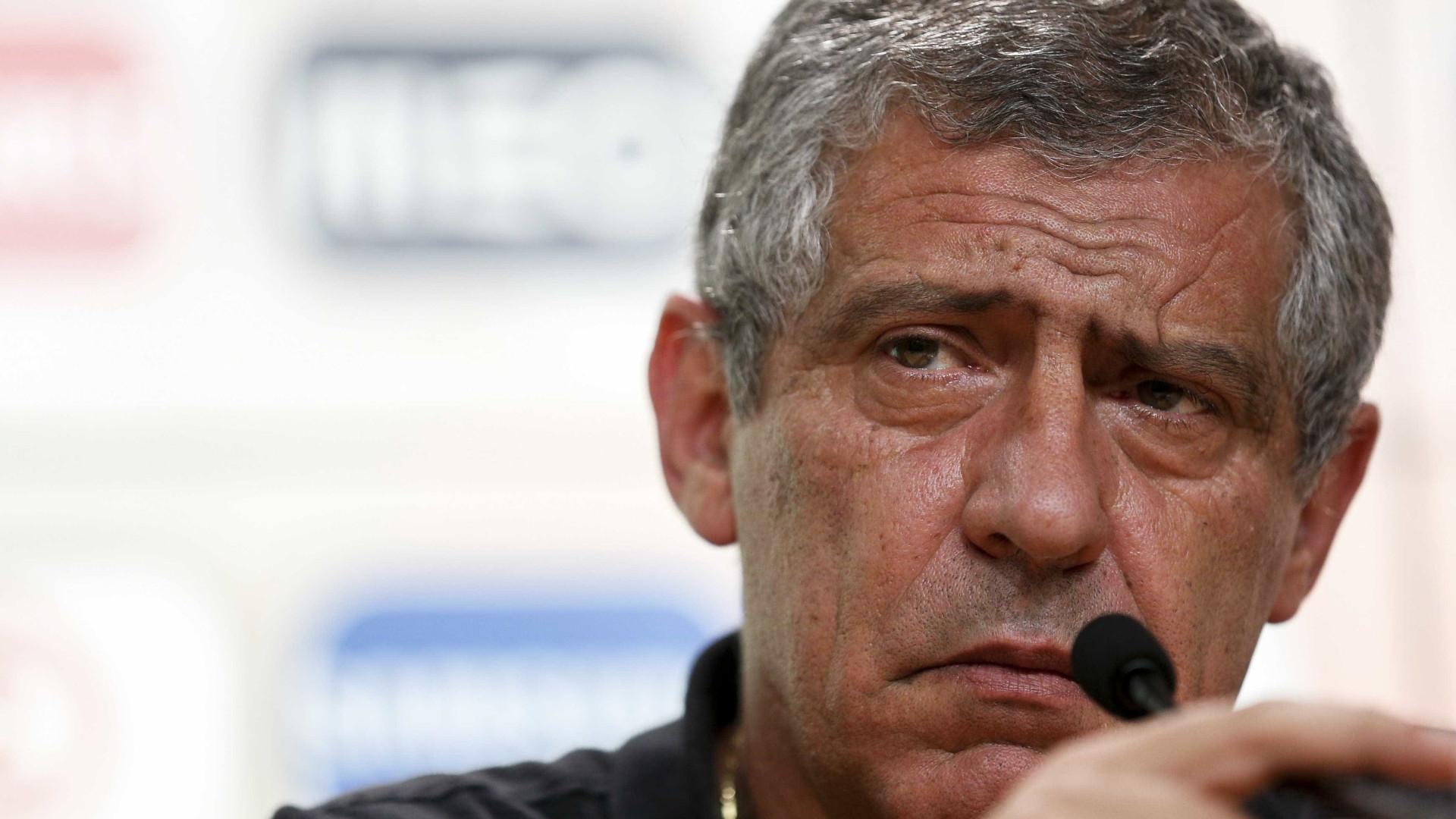 Escolhas de Fernando Santos complicaram contas do Valencia