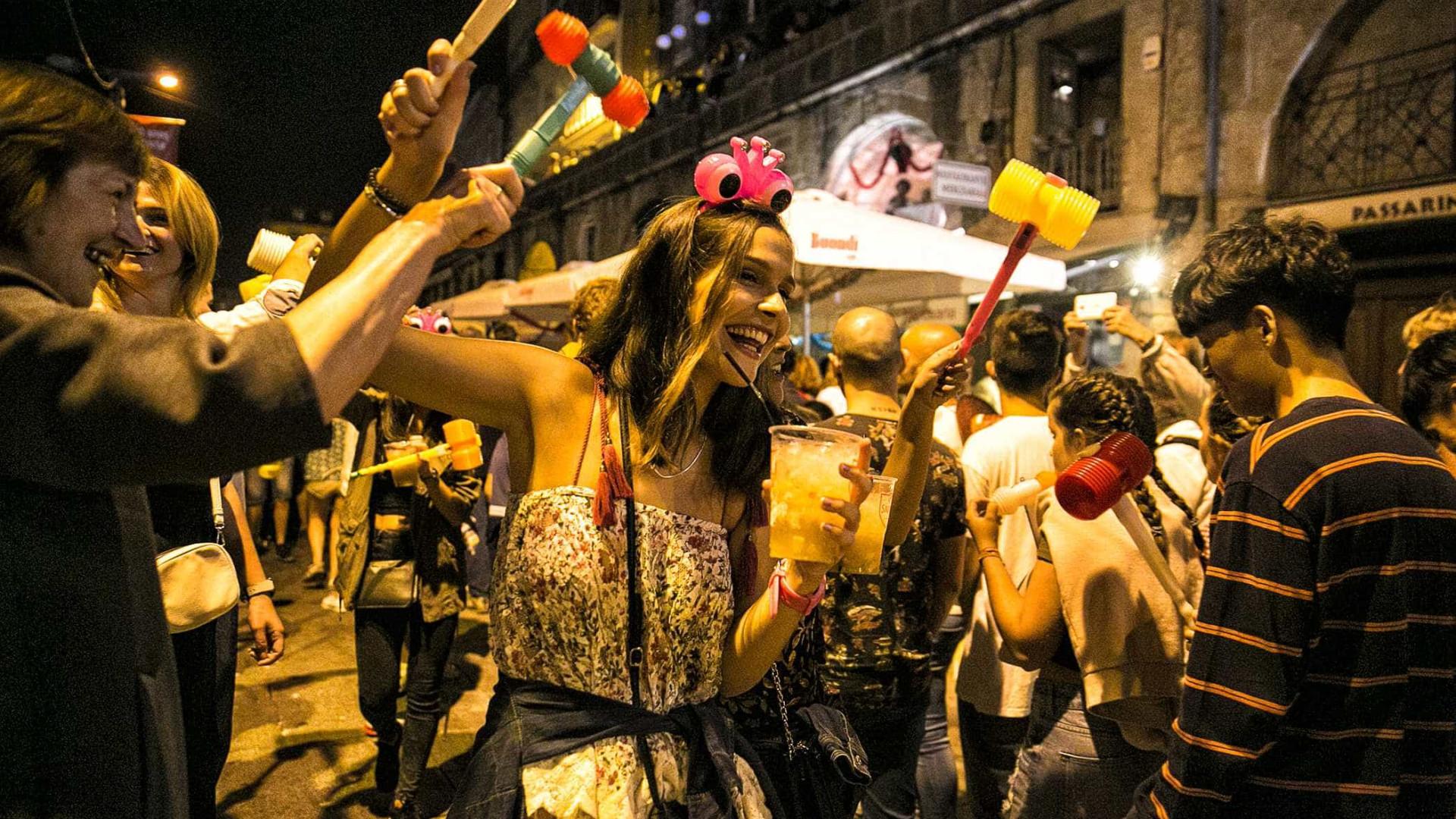 Balões ficaram de fora, mas não faltou alegria no São João do Porto