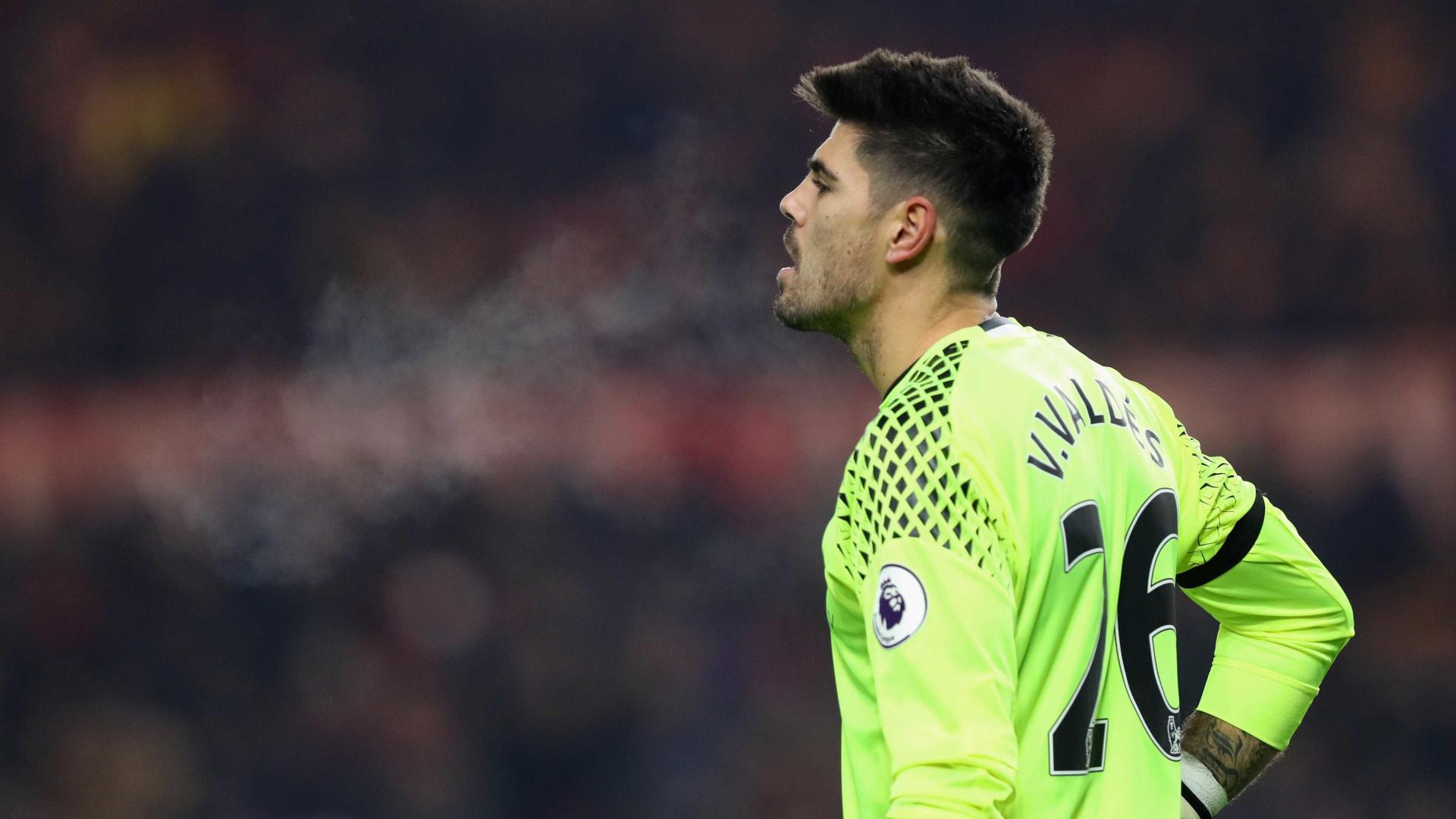 Notcias ao Minuto Sporting avan§a por Valdés se Rui Patrcio sair
