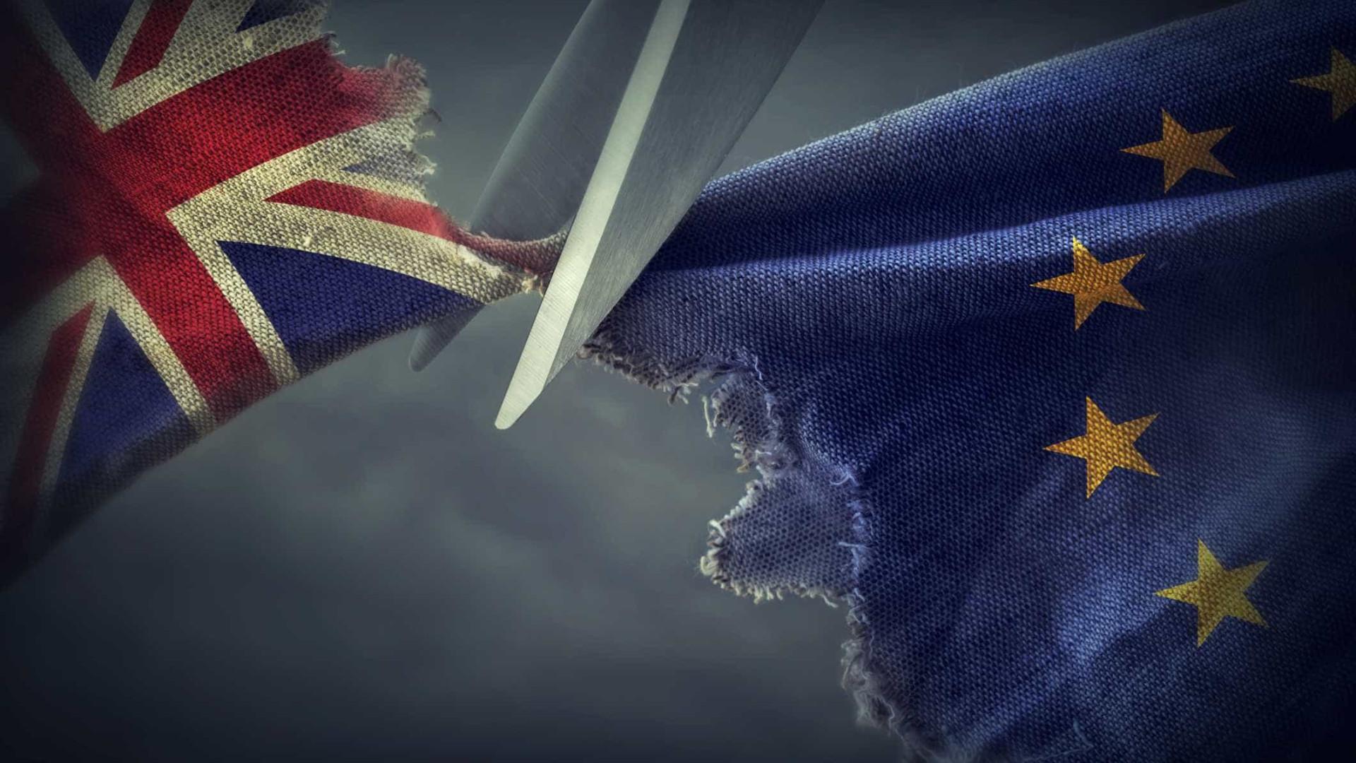Brexit: Líderes empresariais exigem acordo de transição para saída da UE